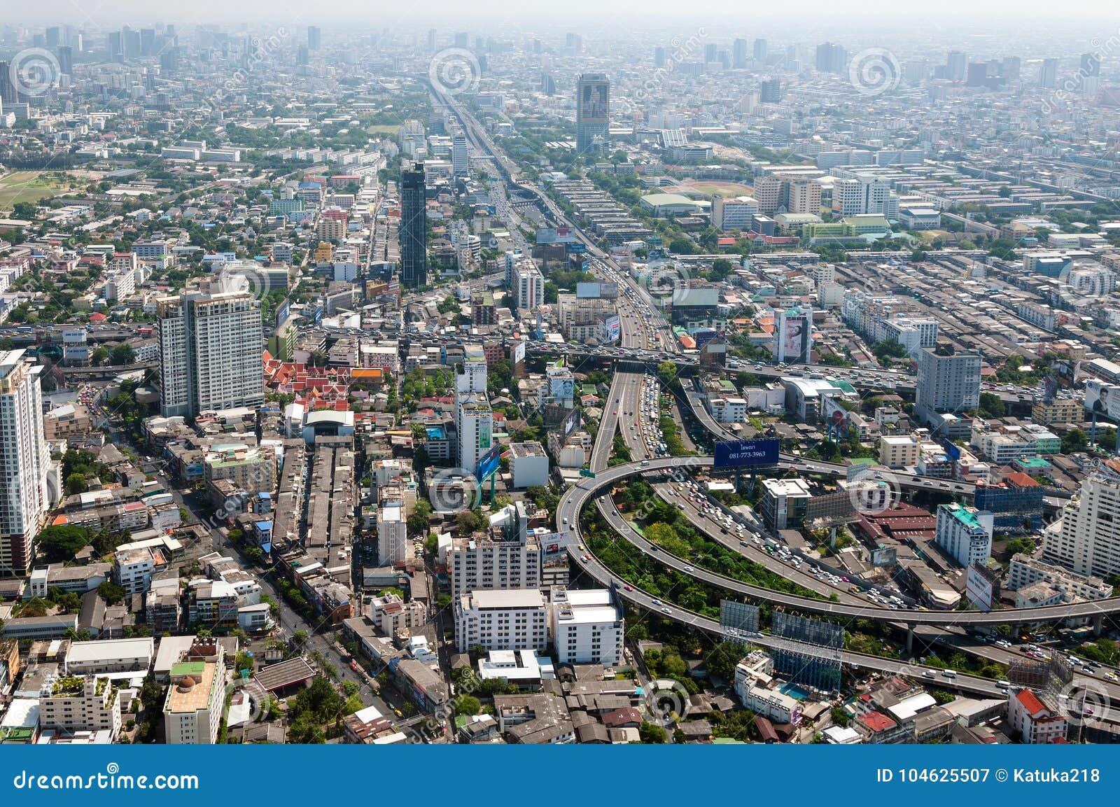 Download BANGKOK, THAILAND - APRIL 21, 2017: Opstoppingen In De Ochtend, Hoogste Mening, Panaramic Mening Redactionele Fotografie - Afbeelding bestaande uit stormloop, ochtend: 104625507