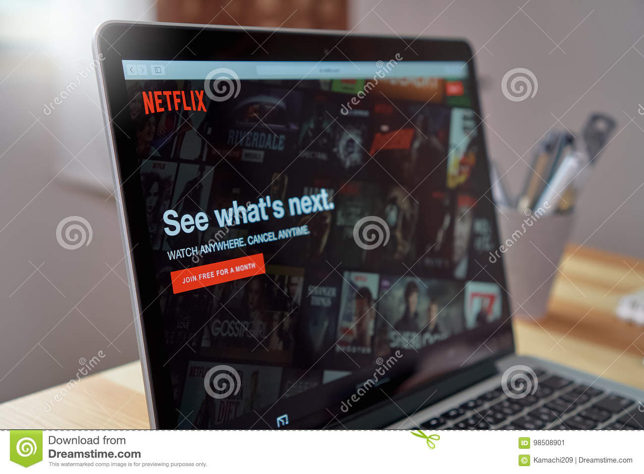how do i download netflix on laptop