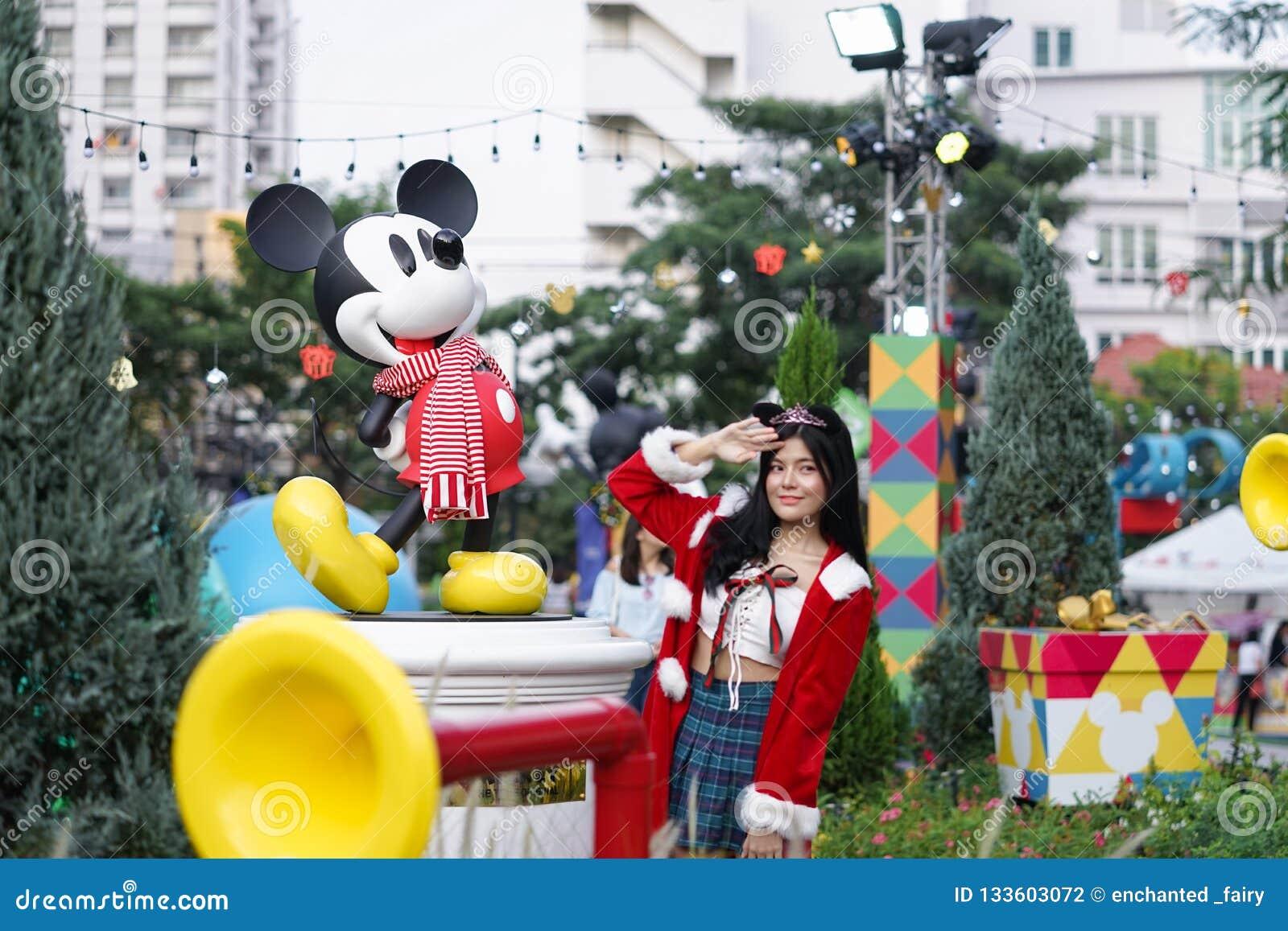 Bangkok Thailand - December 5, 2018: Ett foto av Mickey Mouse, famou