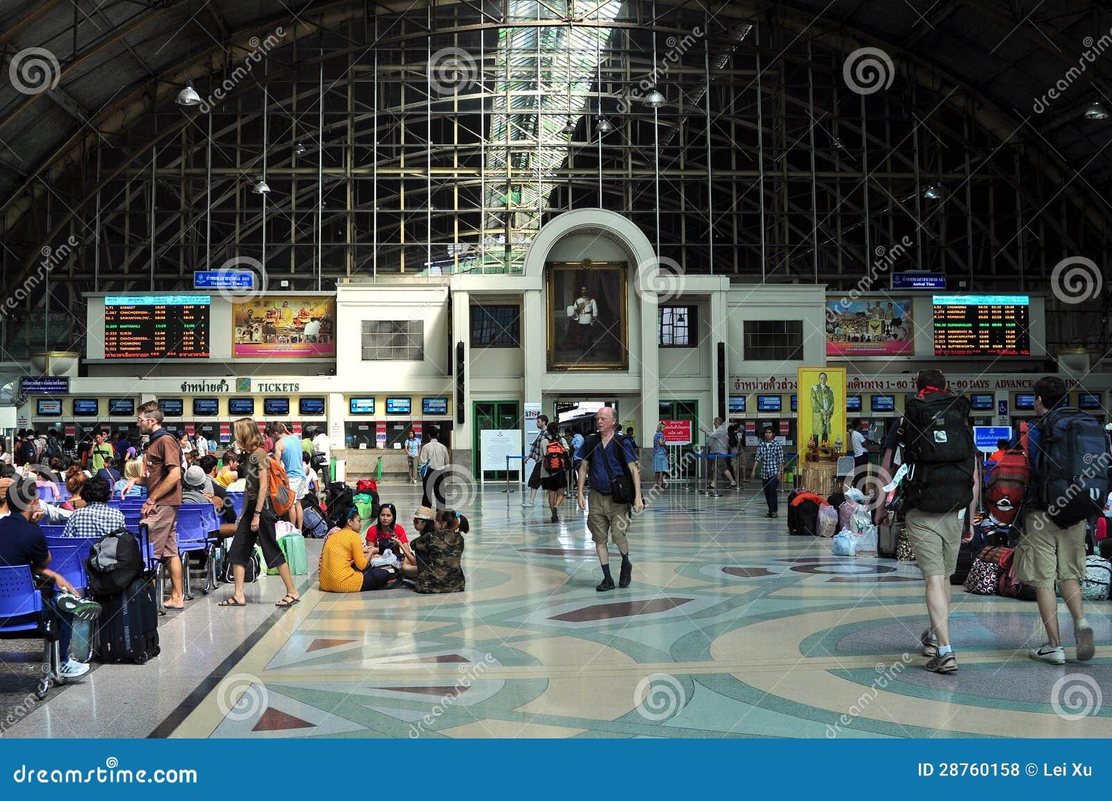Bangkok, Thailand: Hua Lamphong Railway Station Editorial ...