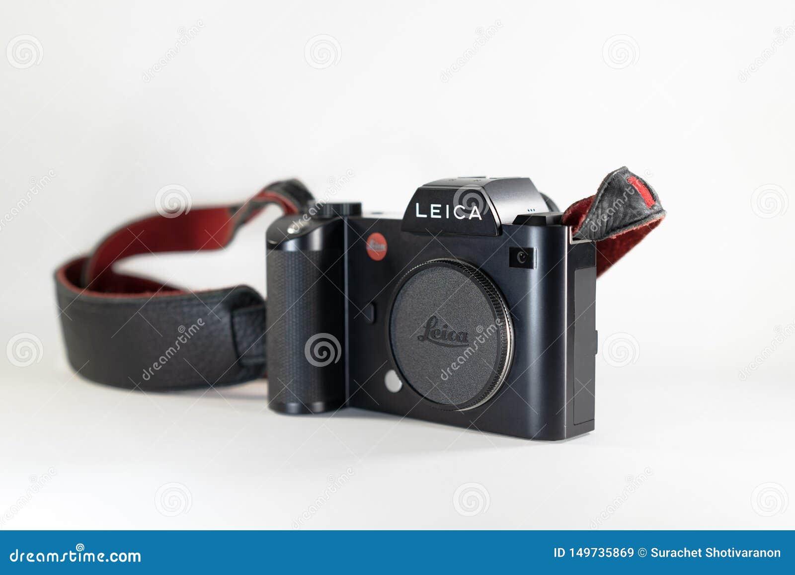 Bangkok Thailand - 13 Juli, 2018: Leica SL; den yrkesmässiga mirrorless avkännaren för fullframekamera 35mm CMOS vid den Leica Ty