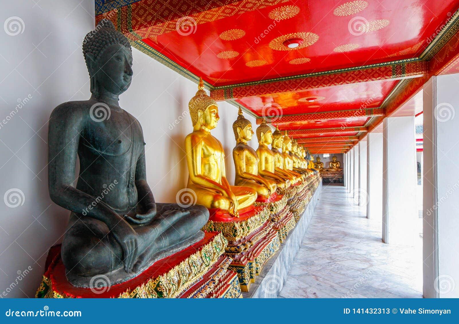 Bangkok - Wat Pho - vila Buddhatemplet