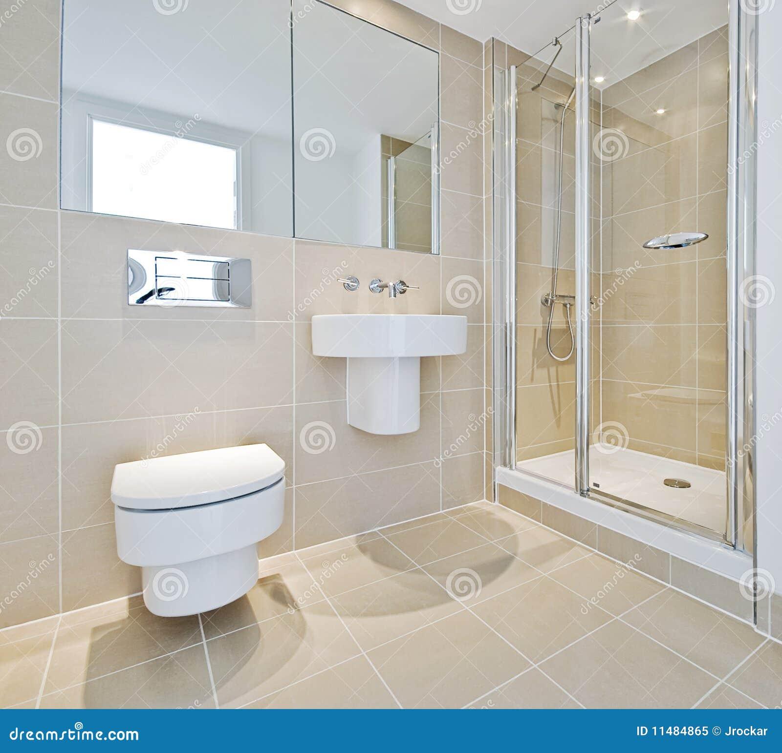 Banheiro Com Canto Do Chuveiro Foto de Stock Royalty Free  Imagem 11484865 -> Banheiros Modernos Chuveiro