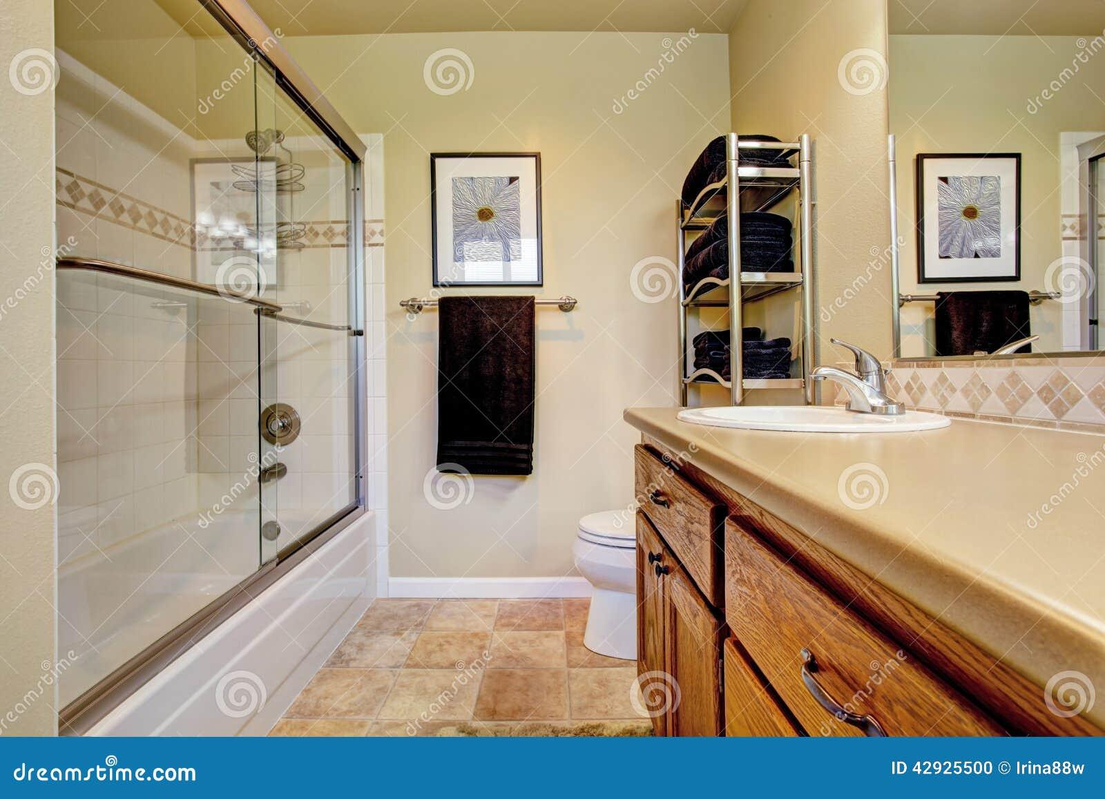 banheiro com cuba selecionada da vaidade armrio de madeira 42925500  #77401C 1300x957 Armario Banheiro Com Cuba