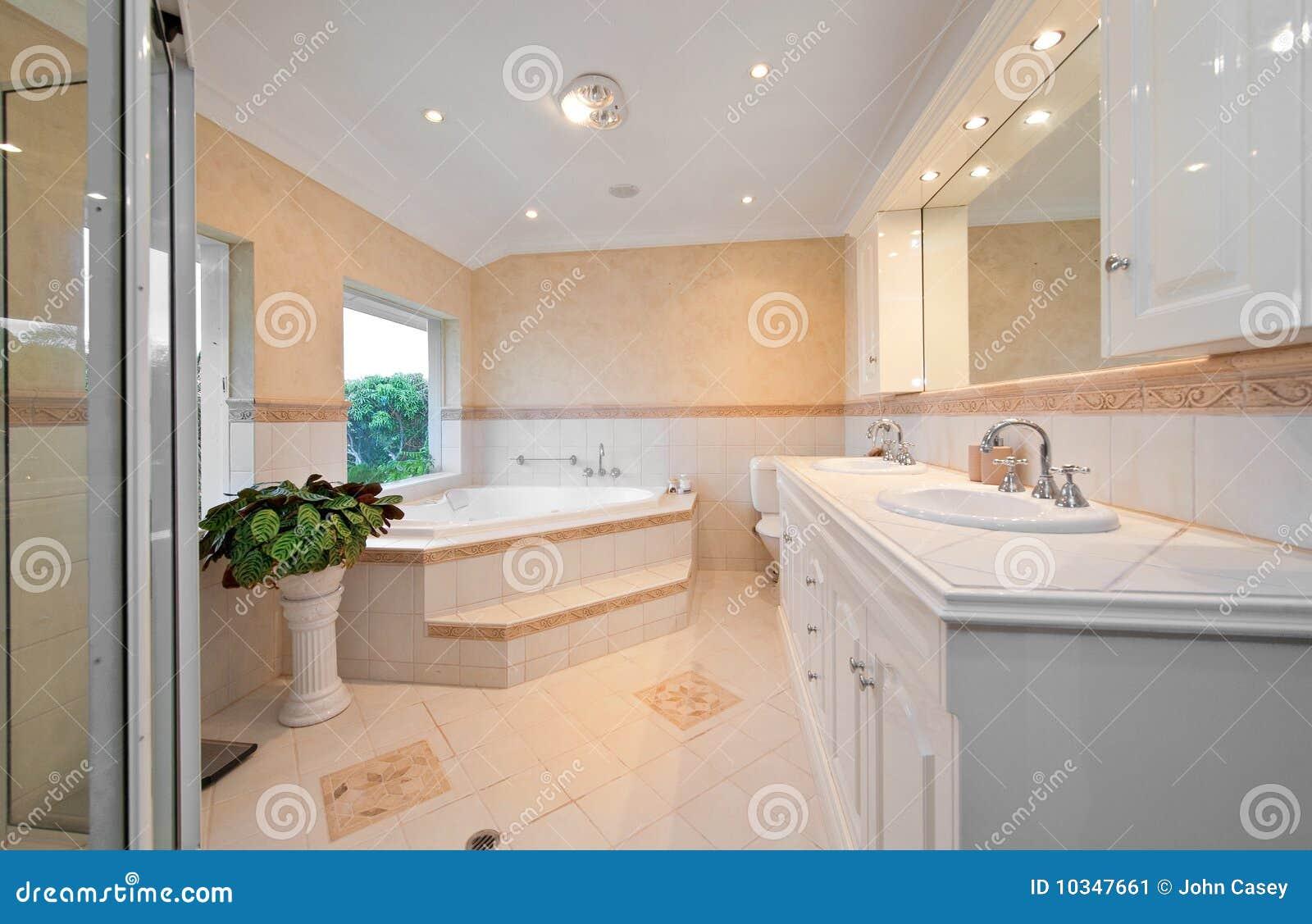 Banheiro Com Sauna Imagem de Stock Imagem: 10347661 #81A229 1300x933 Banheiro Com Banheira E Sauna