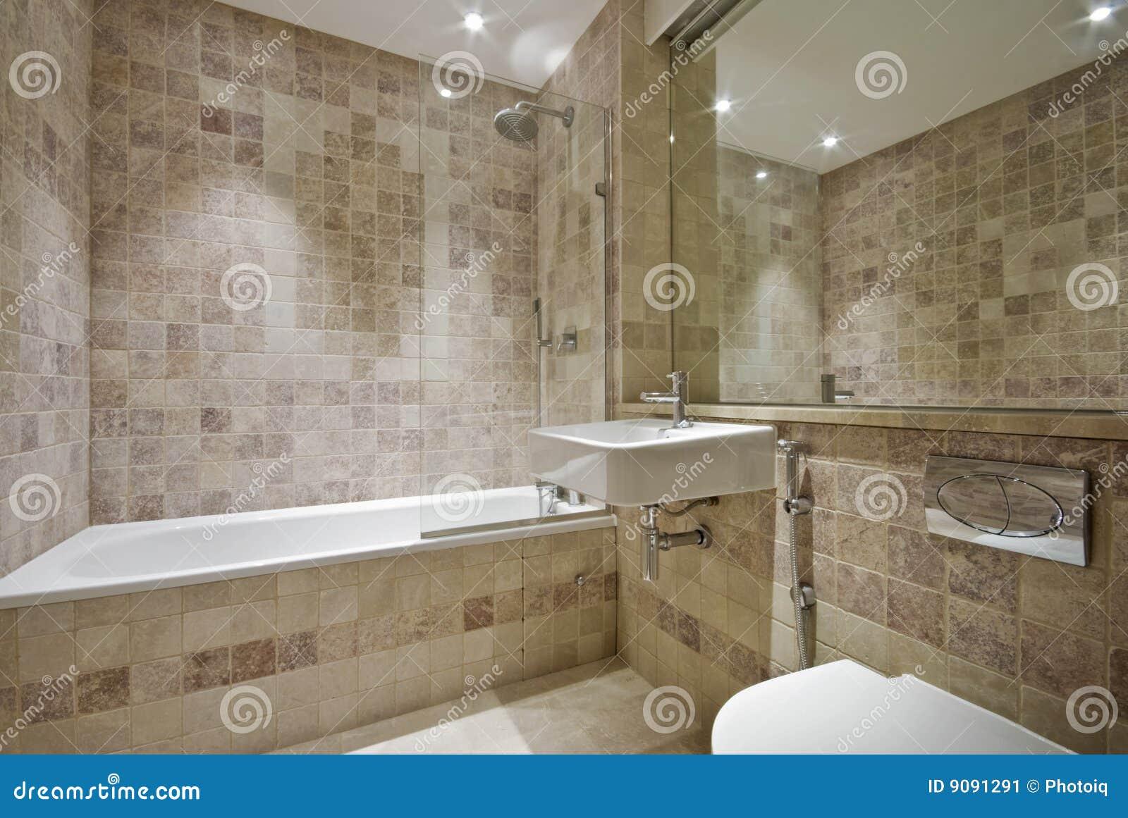 Banheiro contemporâneo com as telhas de pedra naturais