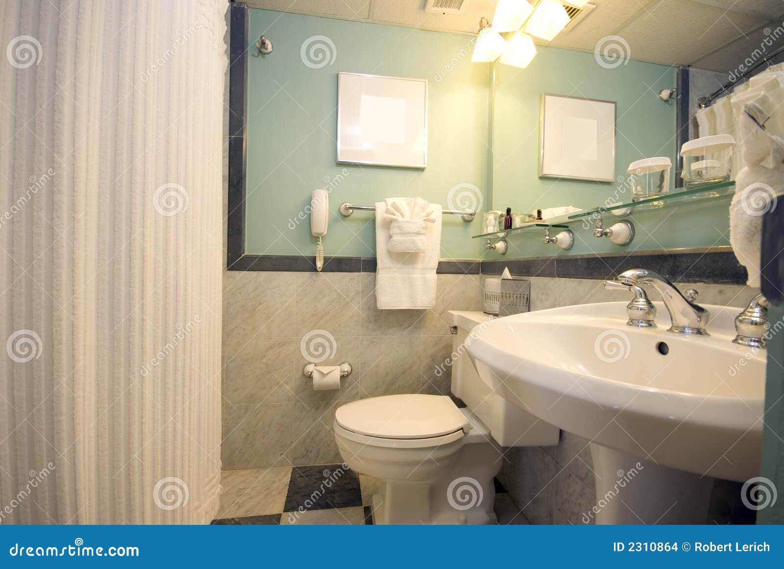 Banheiro Do Hotel De Luxo Imagens de Stock Imagem: 2310864 #82A328 1300x960 Acessorios Para Banheiro De Luxo