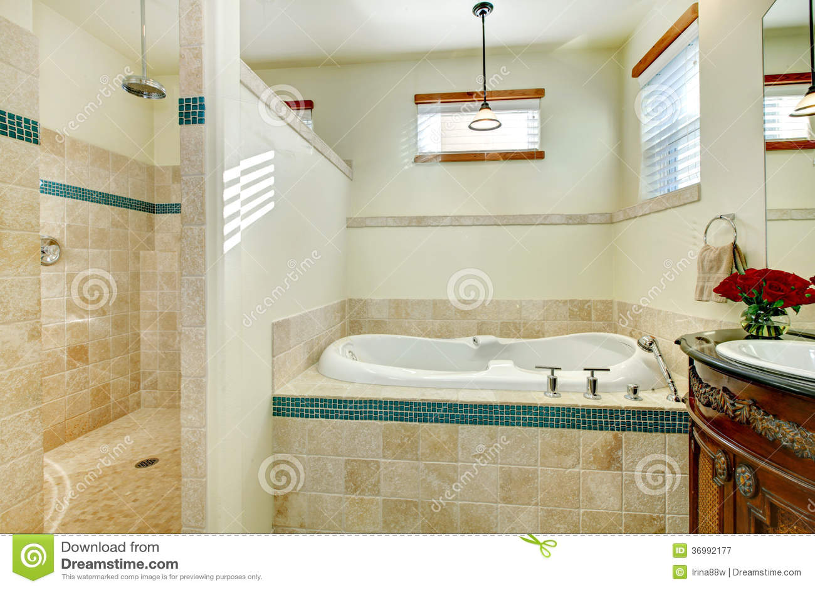 Banheiro moderno elegante com um armário de armazenamento de madeira  #6E3010 1300x957 Banheiro Antigo