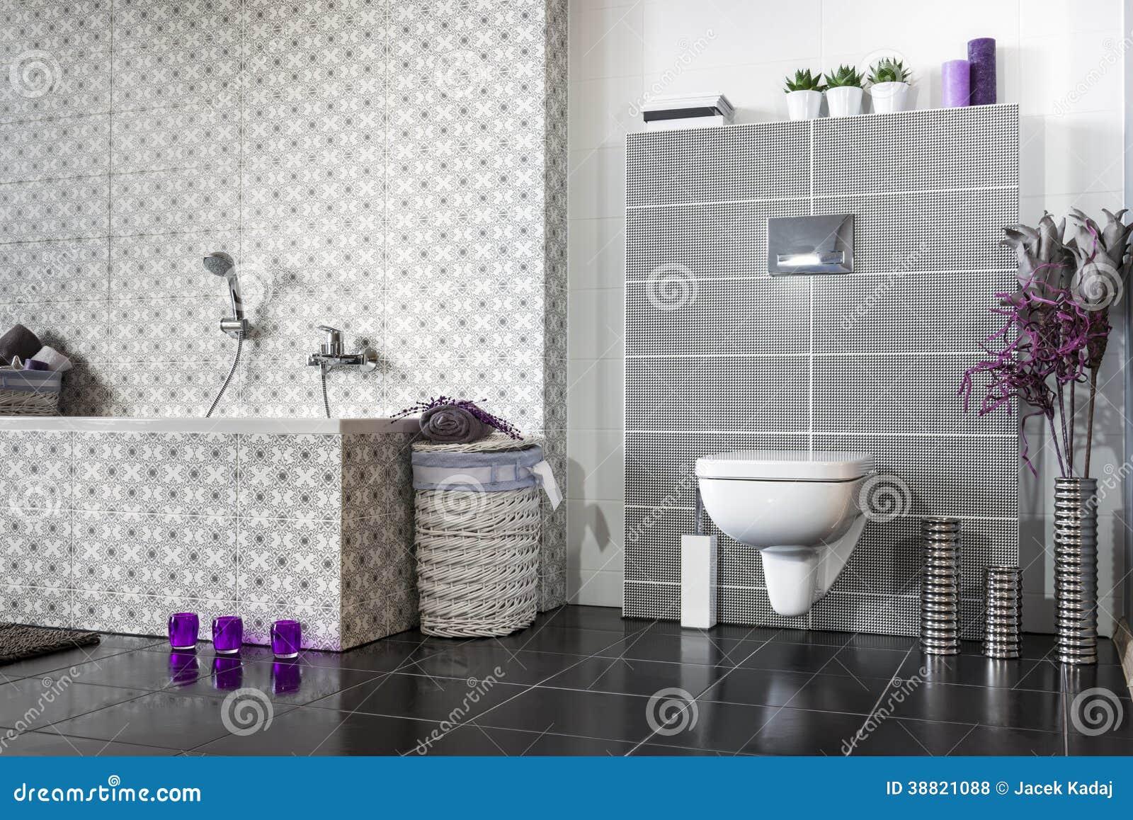 Banheiro Moderno Preto E Branco Foto de Stock Imagem: 38821088 #663F70 1300 958