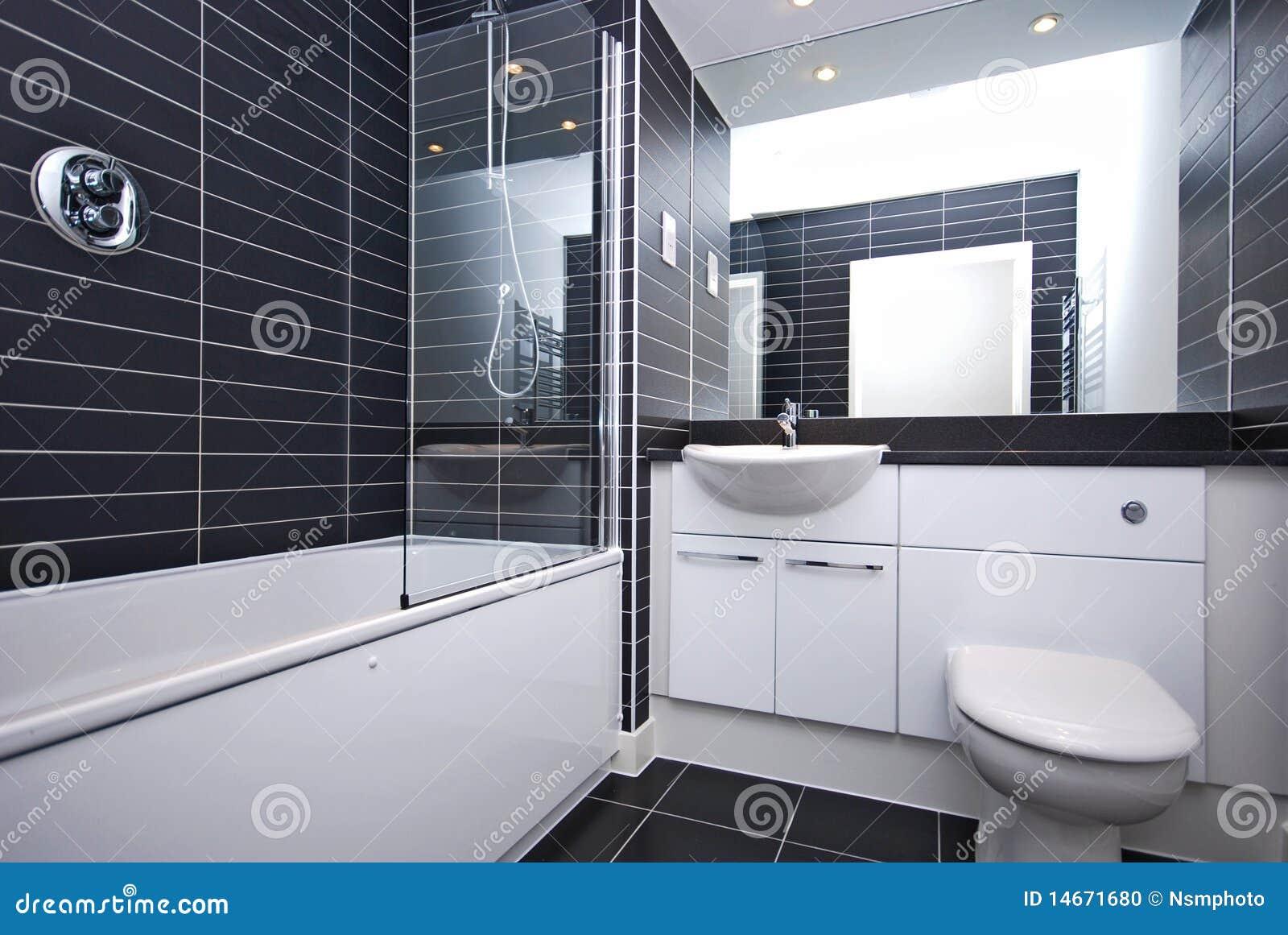 Banheiro Novo Moderno Em Preto E Branco Foto de Stock  Imagem 14671680 -> Banheiros Modernos Em Preto E Branco