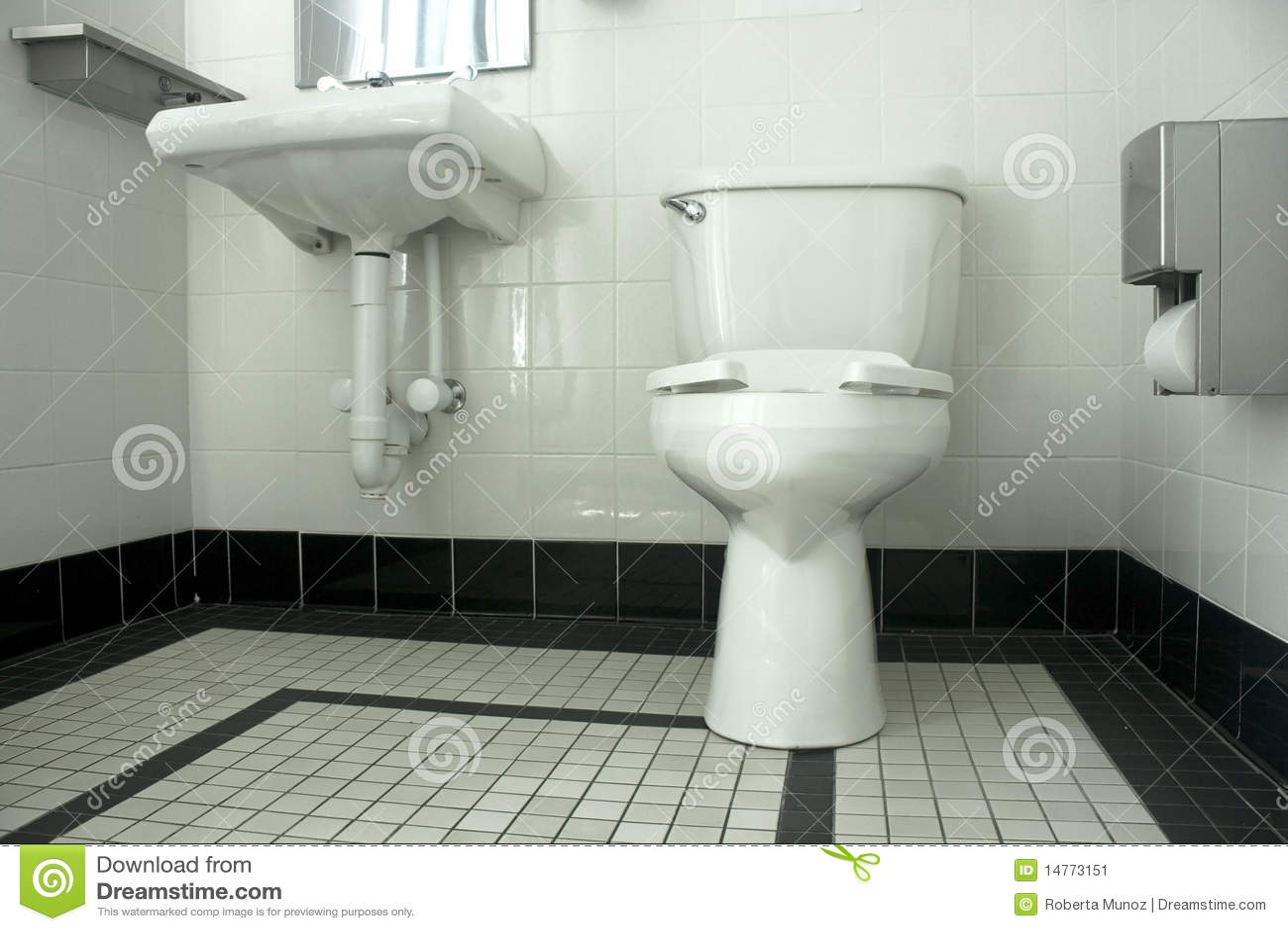Banheiro Preto E Branco Imagem de Stock Imagem: 14773151 #85A823 1300x957 Armario Para Banheiro Branco E Preto