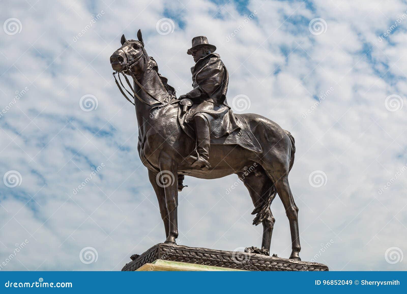 Banknotu czarny dolarów pięćdziesiąt dotacja odizolowywał obrazka portret s Ulysses my biały Grant Pamiątkowa statua w Waszyngton