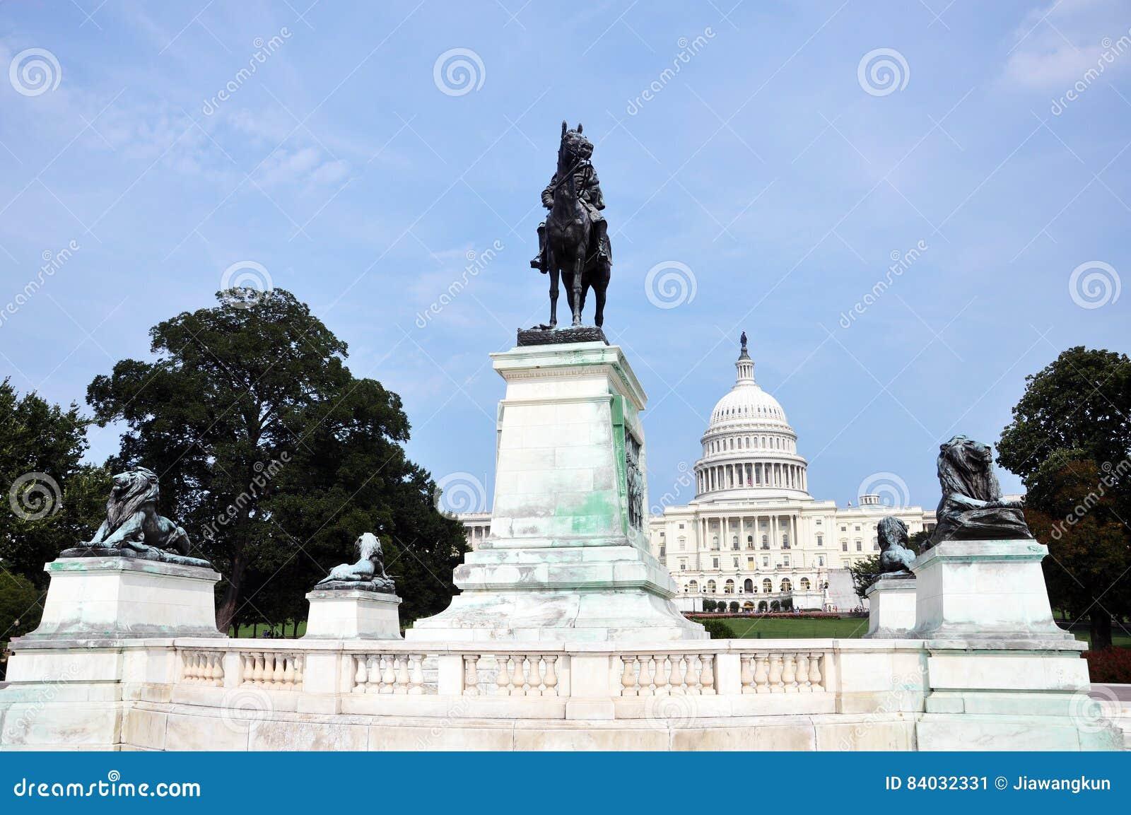 Banknotu czarny dolarów pięćdziesiąt dotacja odizolowywał obrazka portret s Ulysses my biały Grant pomnik przed Capitol, washingt
