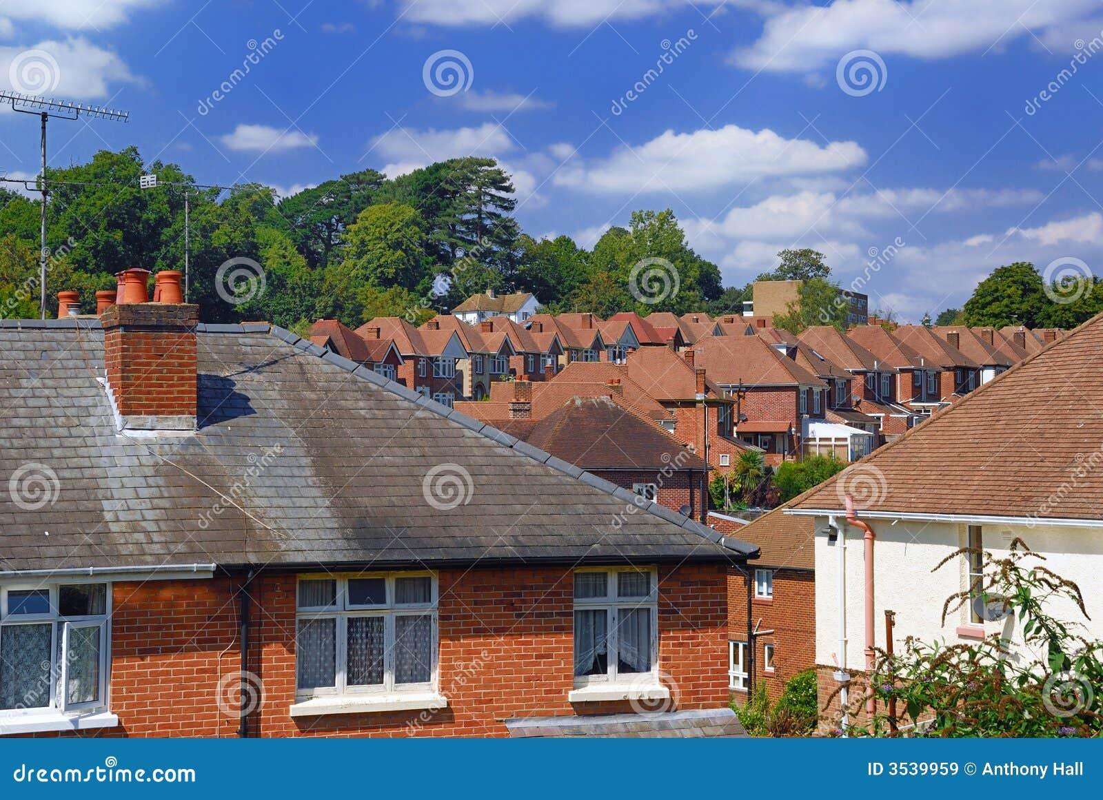 banlieue anglaise de brique rouge image stock image du. Black Bedroom Furniture Sets. Home Design Ideas