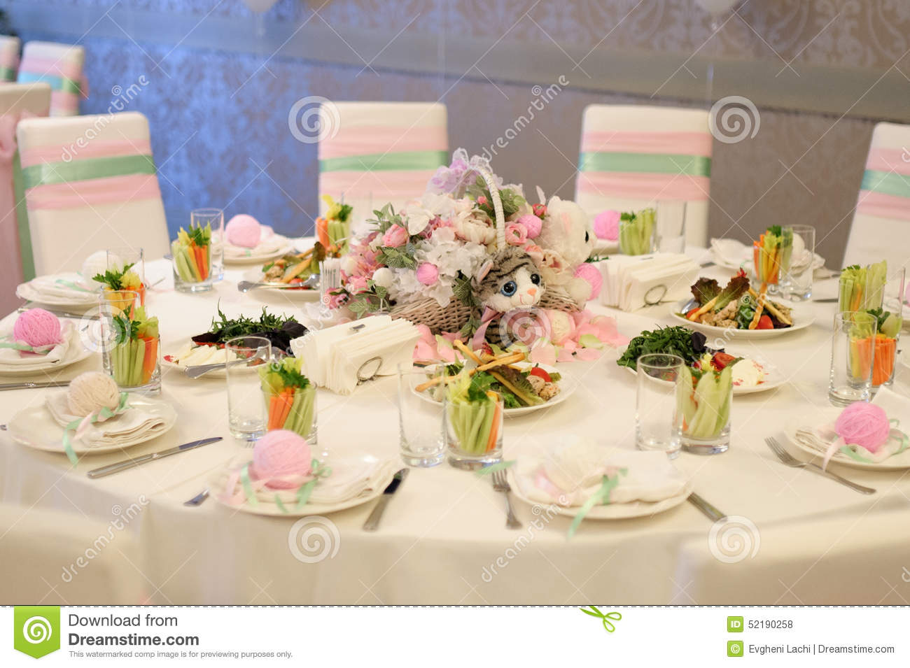 Banquet birthday table setting. On evening reception Royalty Free Stock Photos & Birthday Table Setting Stock Photos - 5275 Images