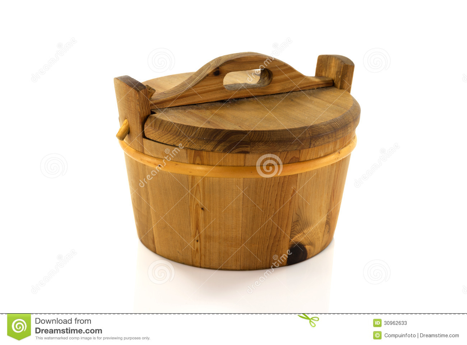 Baquet chaud en bois image stock image du repr sentez - Baquet en bois jardin ...