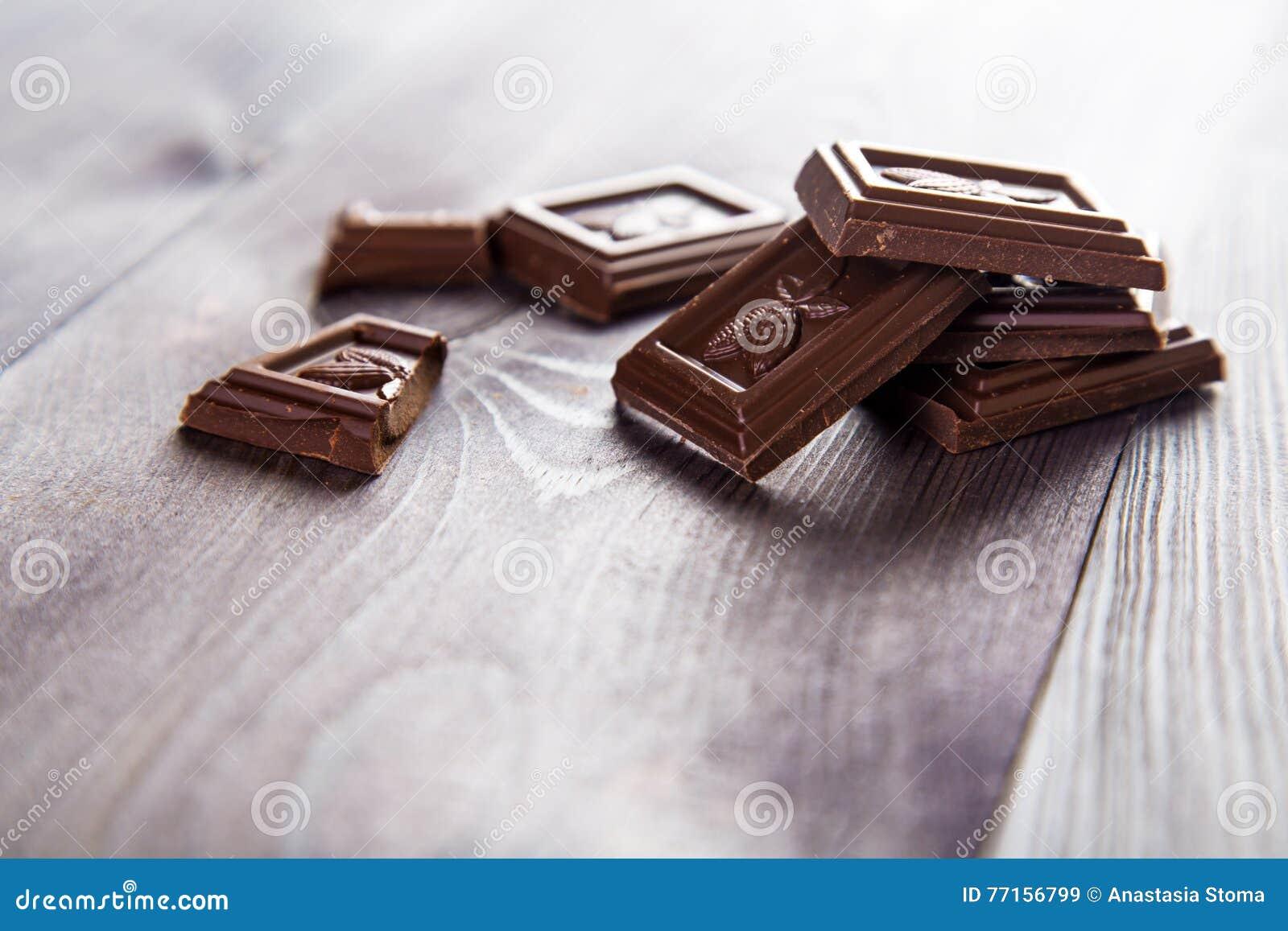 Bar de chocolat foncé