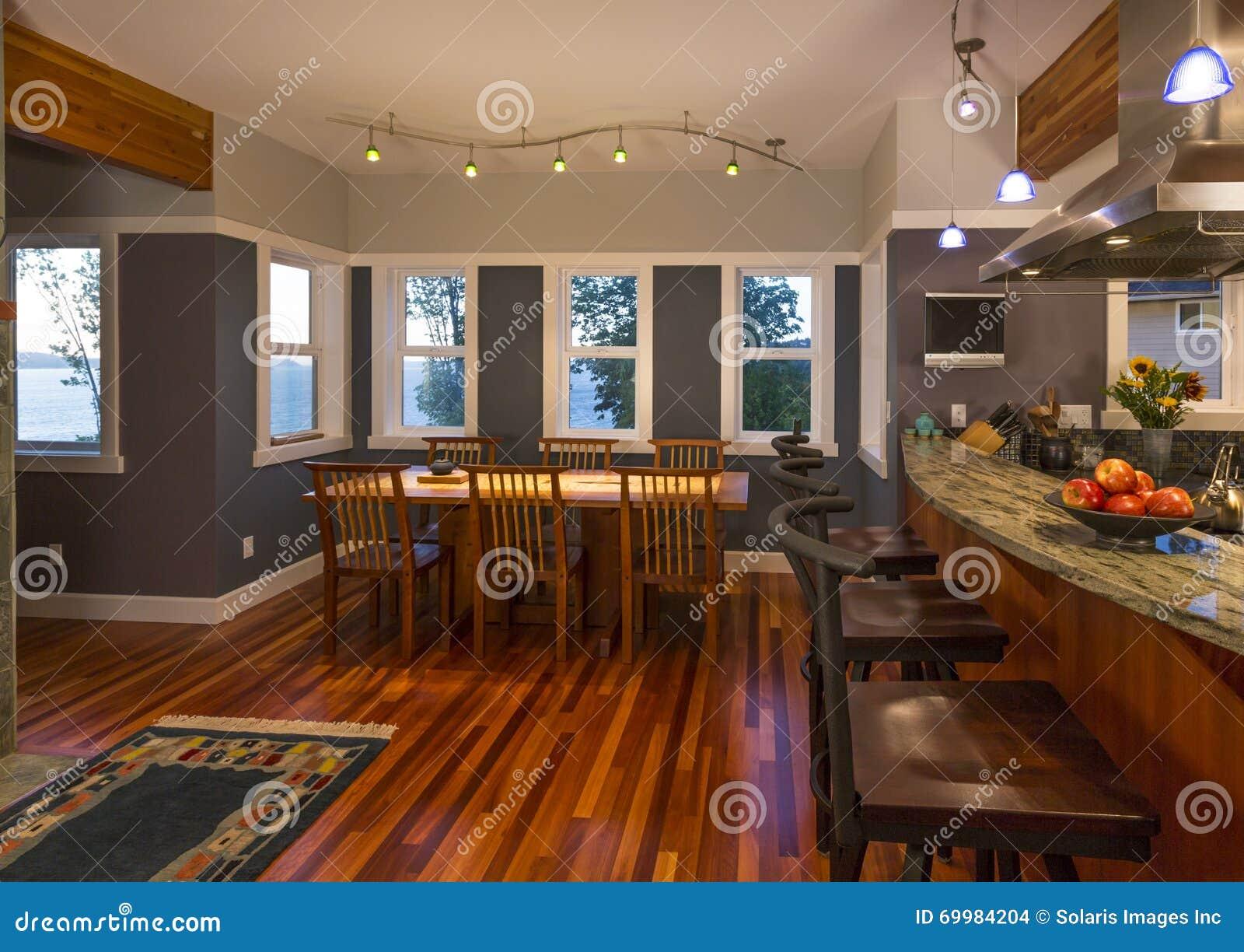 Bar de cuisine de salle manger et de cuisine avec les for Bar cuisine salle a manger
