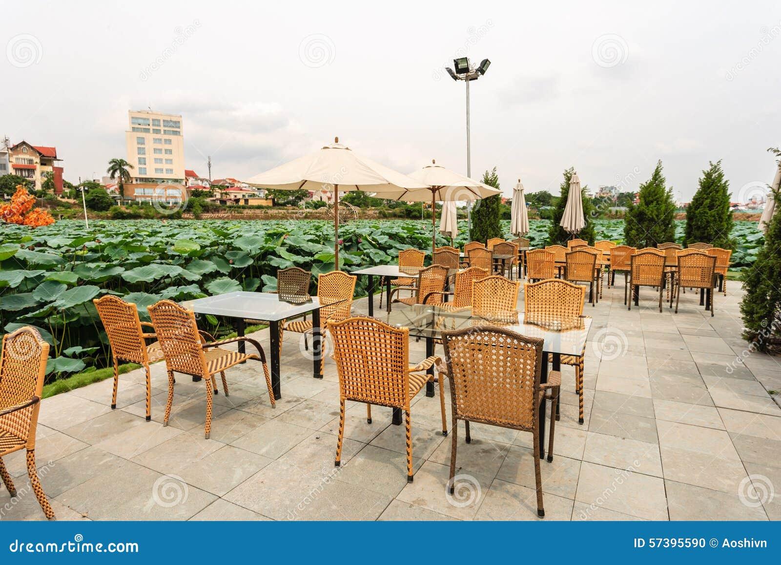 Bar dichtbij tuin