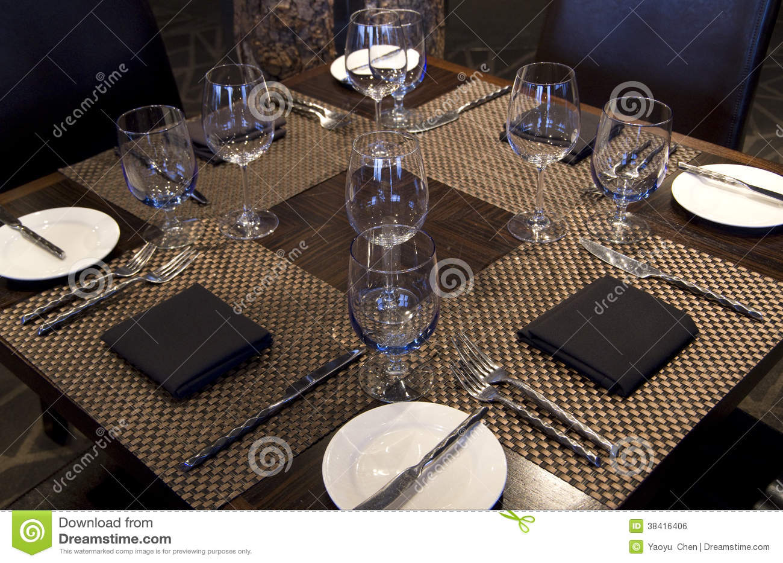 Fancy restaurant table setting - Bar Fancy Nice Restaurant Setting Table