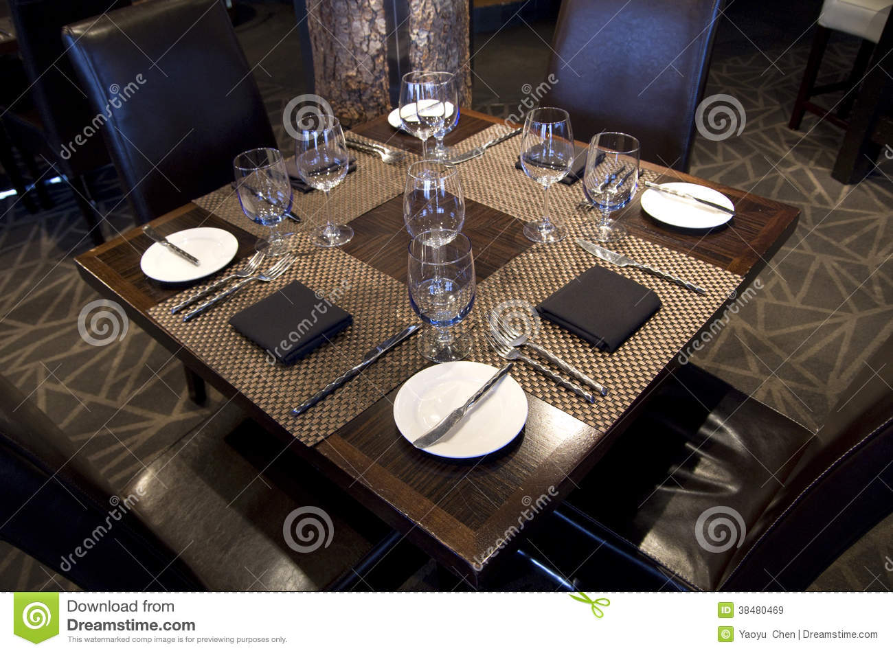 Fancy restaurant table setting - Bar Restaurant Table Setting