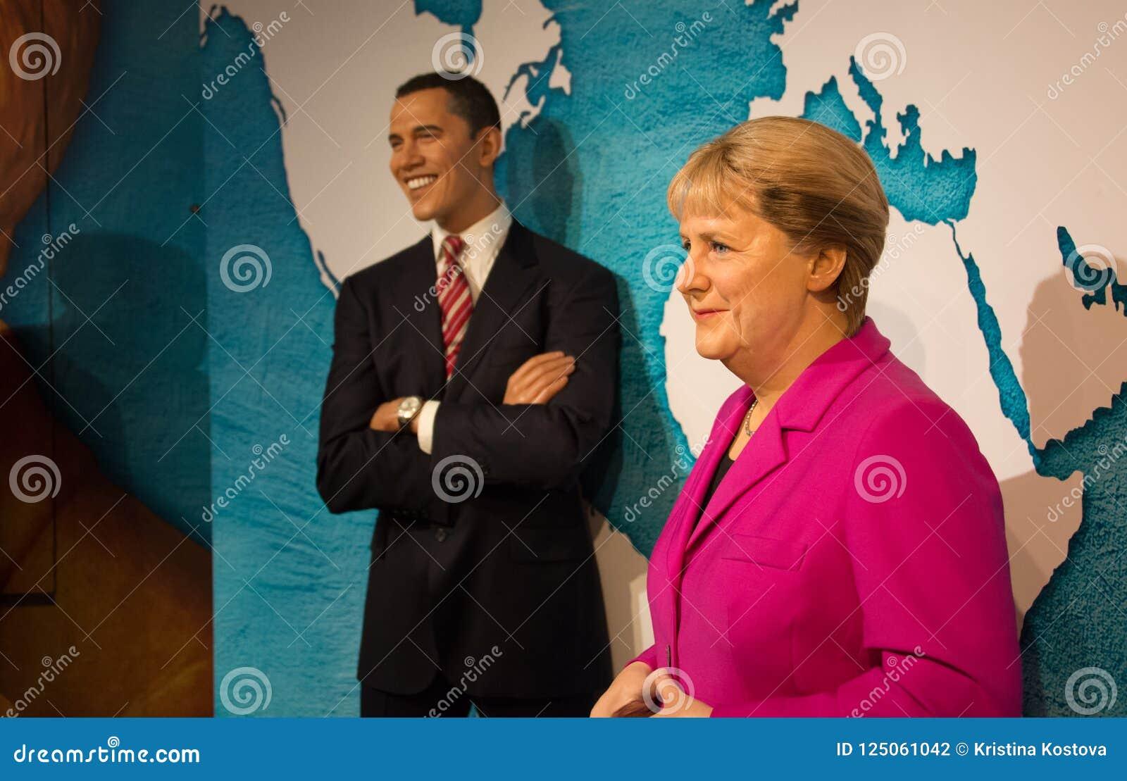 Barack Obama y Angela Merkel en el museo de señora Tussauds