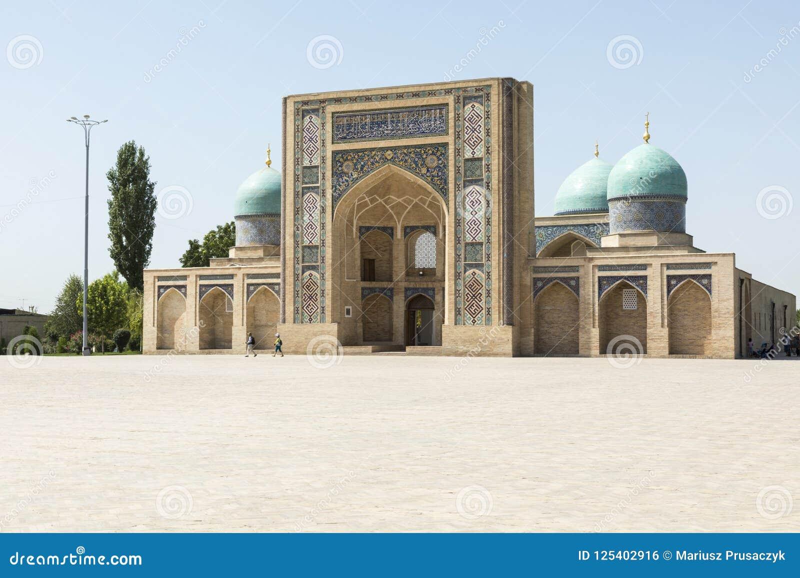 Barak Khan madrasah Ο τετραγωνικός ιμάμης Hazrati ιμαμών Hast είναι ένα religi