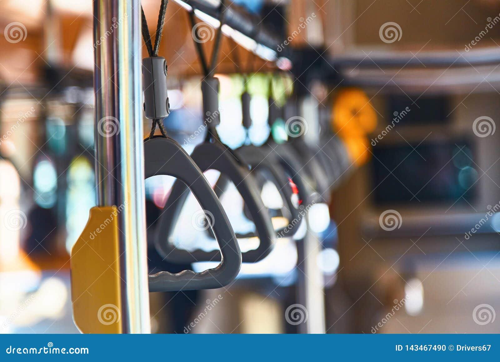 Barandillas en el autobús Lazos en el autobús