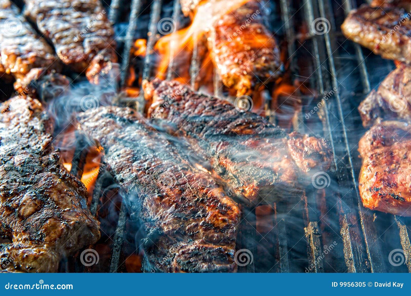 Barbecued стейк