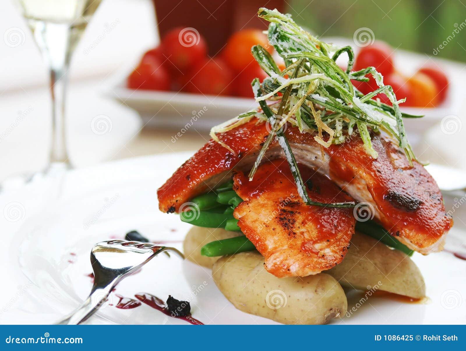 Barbecued atlantic salmon