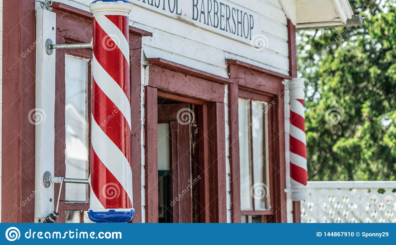 A Barber`s Tale in History