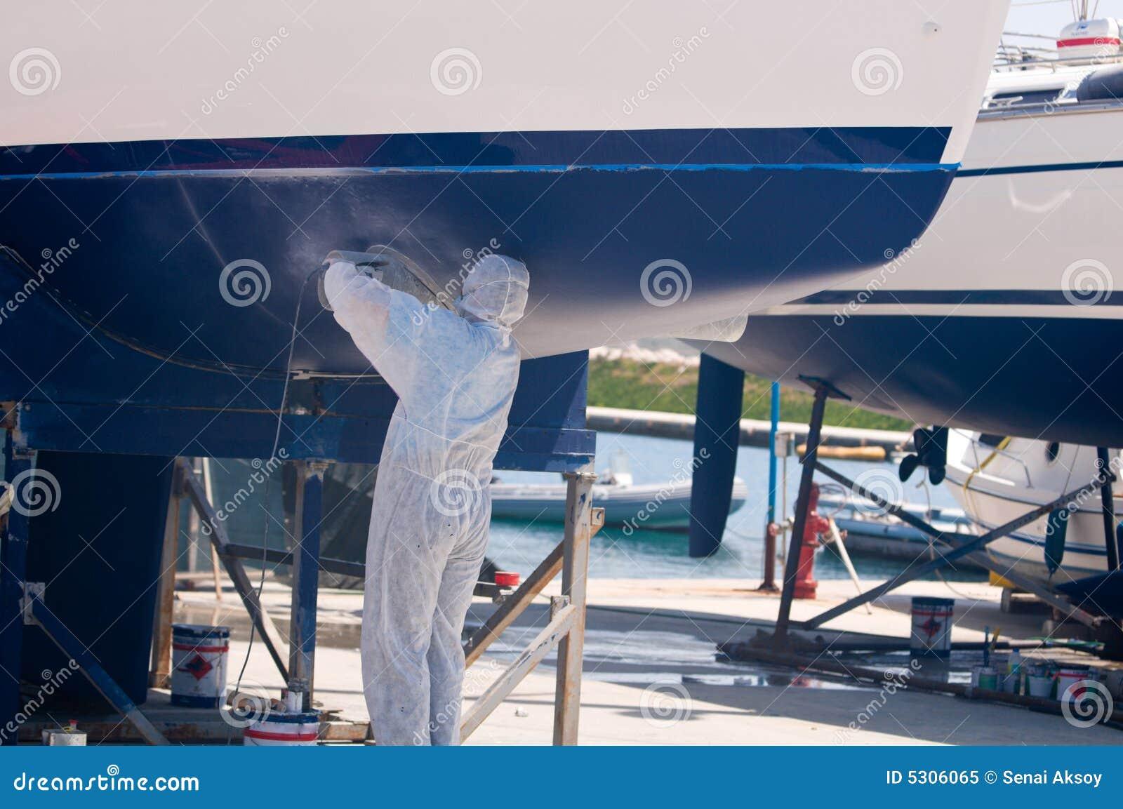 Download Barca nella manutenzione immagine stock. Immagine di nave - 5306065