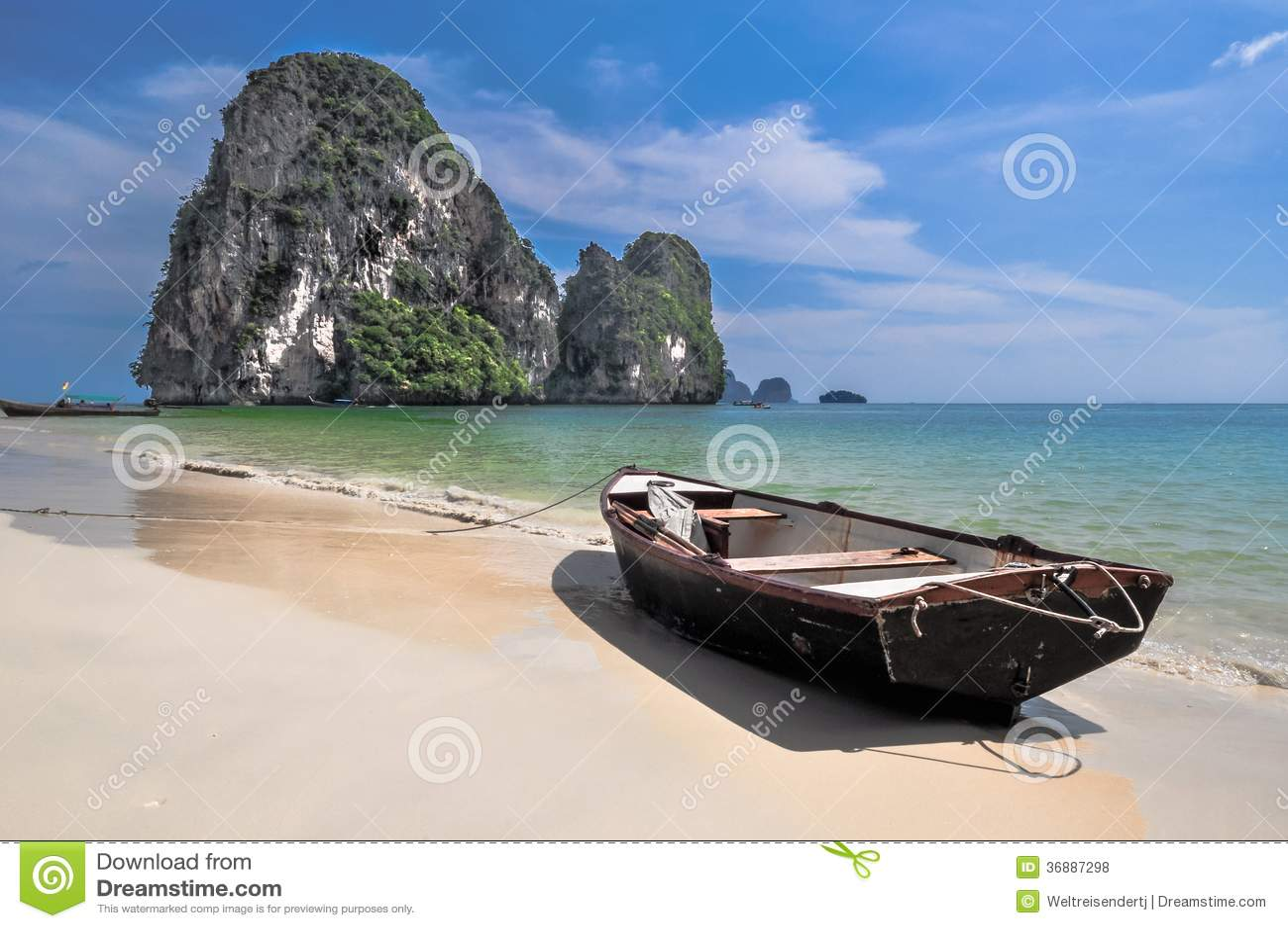 Download Barca Sul Sole Della Sabbia Di Mare Dell'isola Fotografia Stock - Immagine di aperto, orizzonte: 36887298