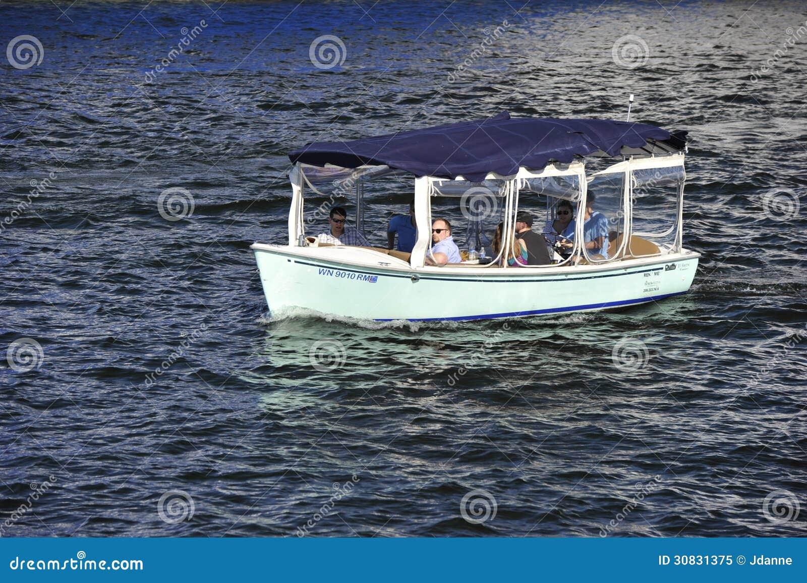Barca turistica