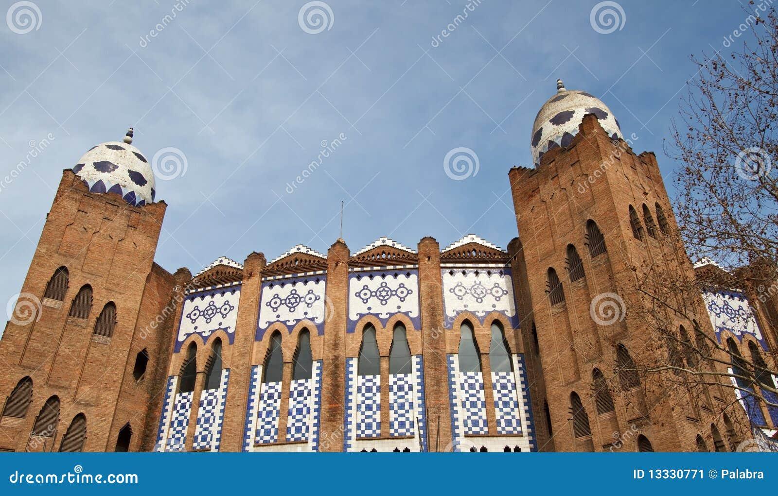 Barcelona de monumentalni placu toros