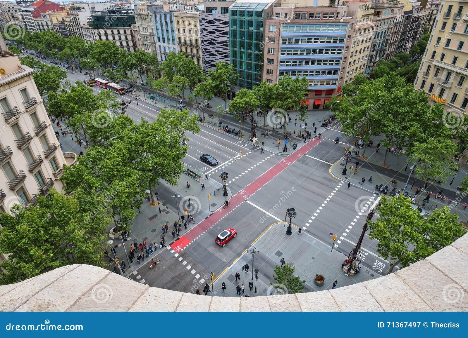 Barcelona España 28 De Abril Vea El Vrom La Terraza Del