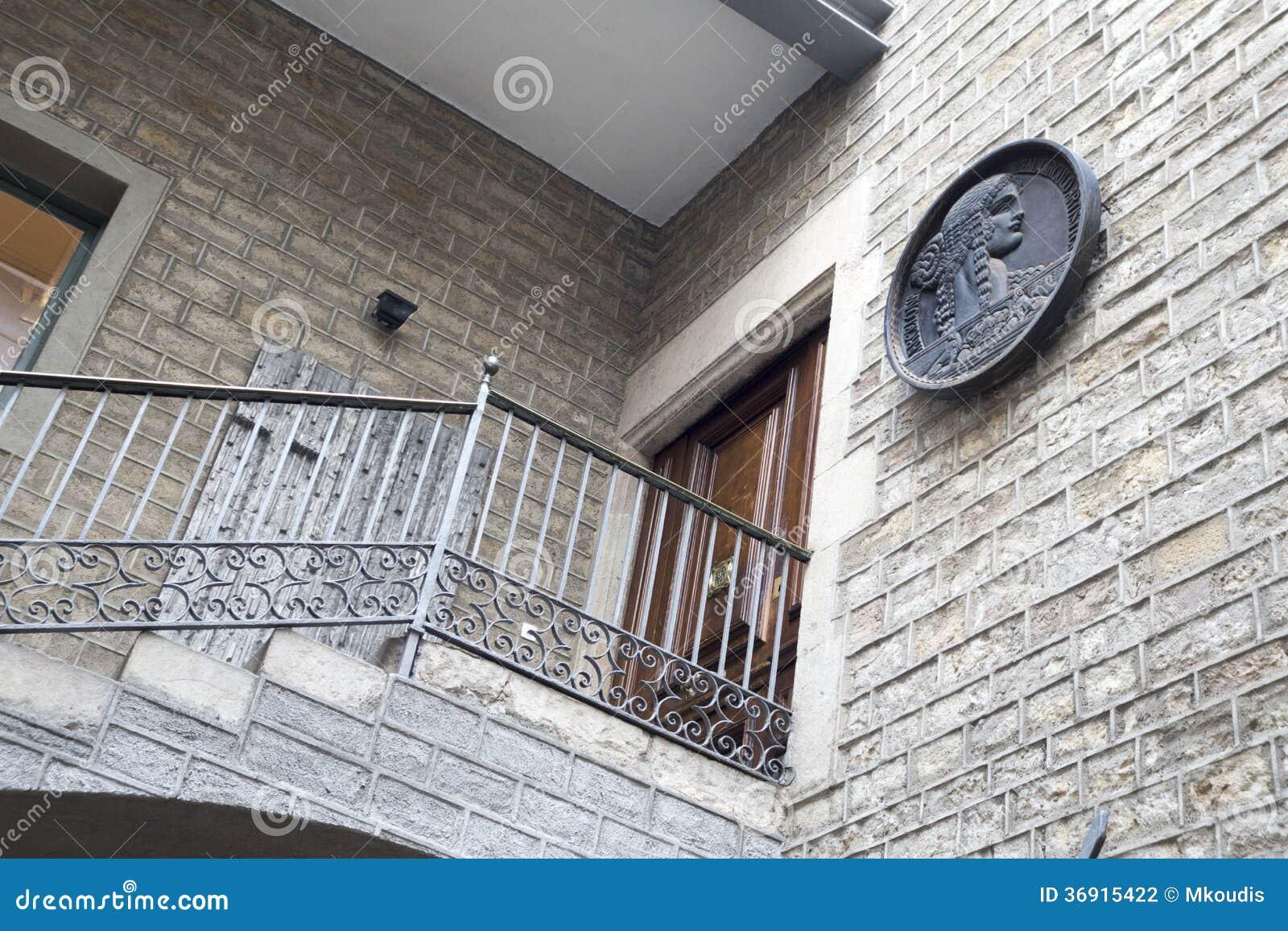 Barcelona powierzchowność - drzwi