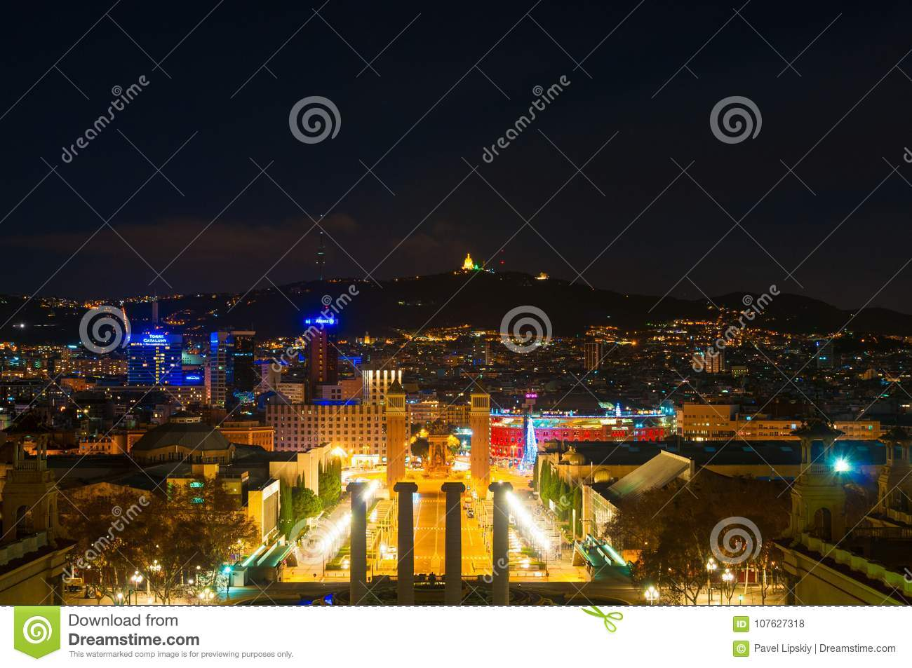 BARCELONA, SPAIN - JANUARY 02, 2018: View On Spanish Square From ...