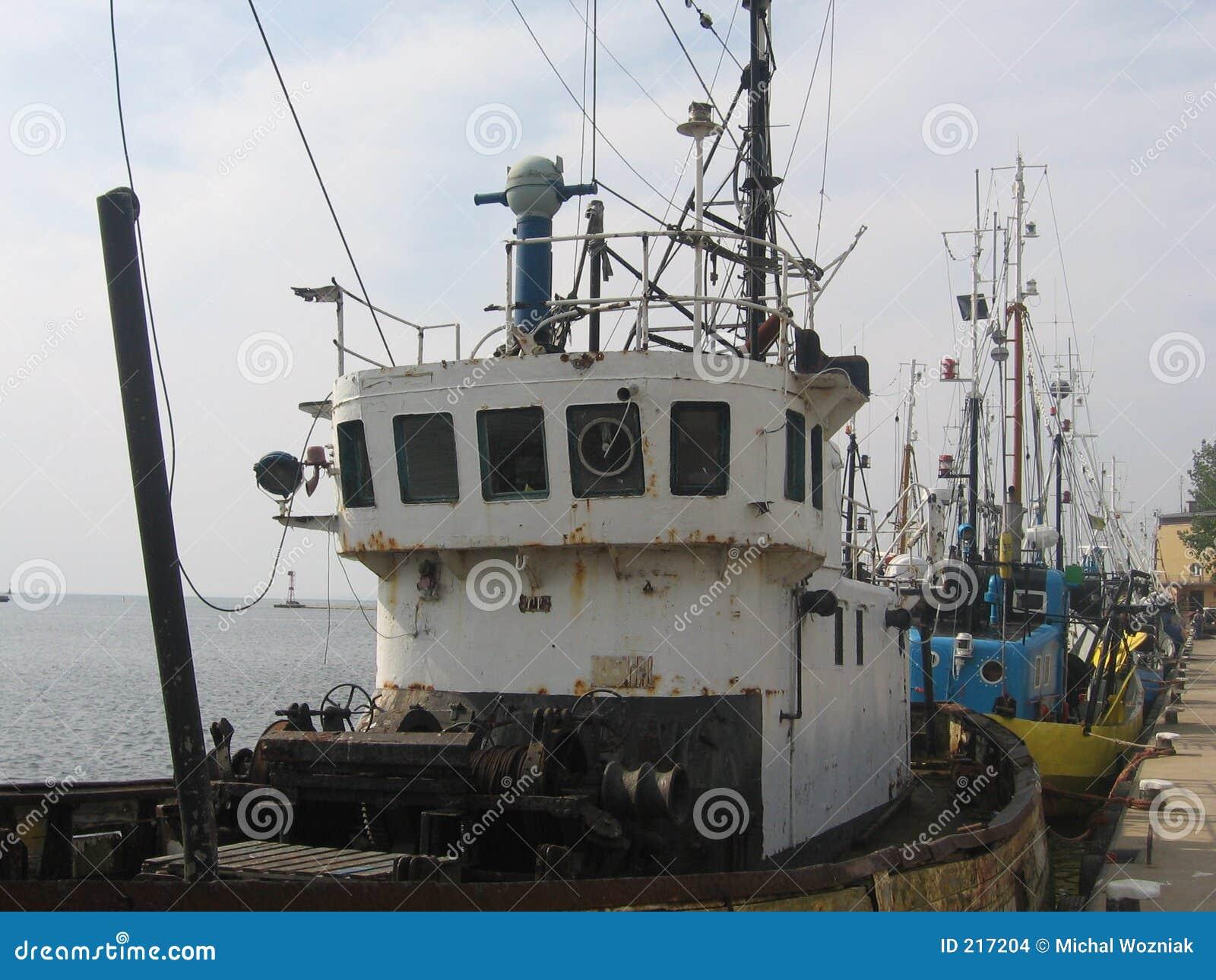Barche dei pescatori alla porta