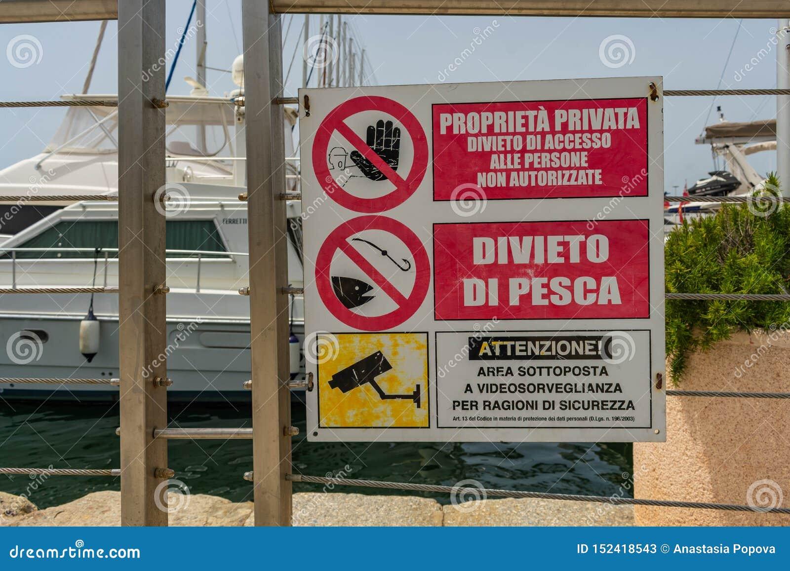Barche nel porto di Cagliari