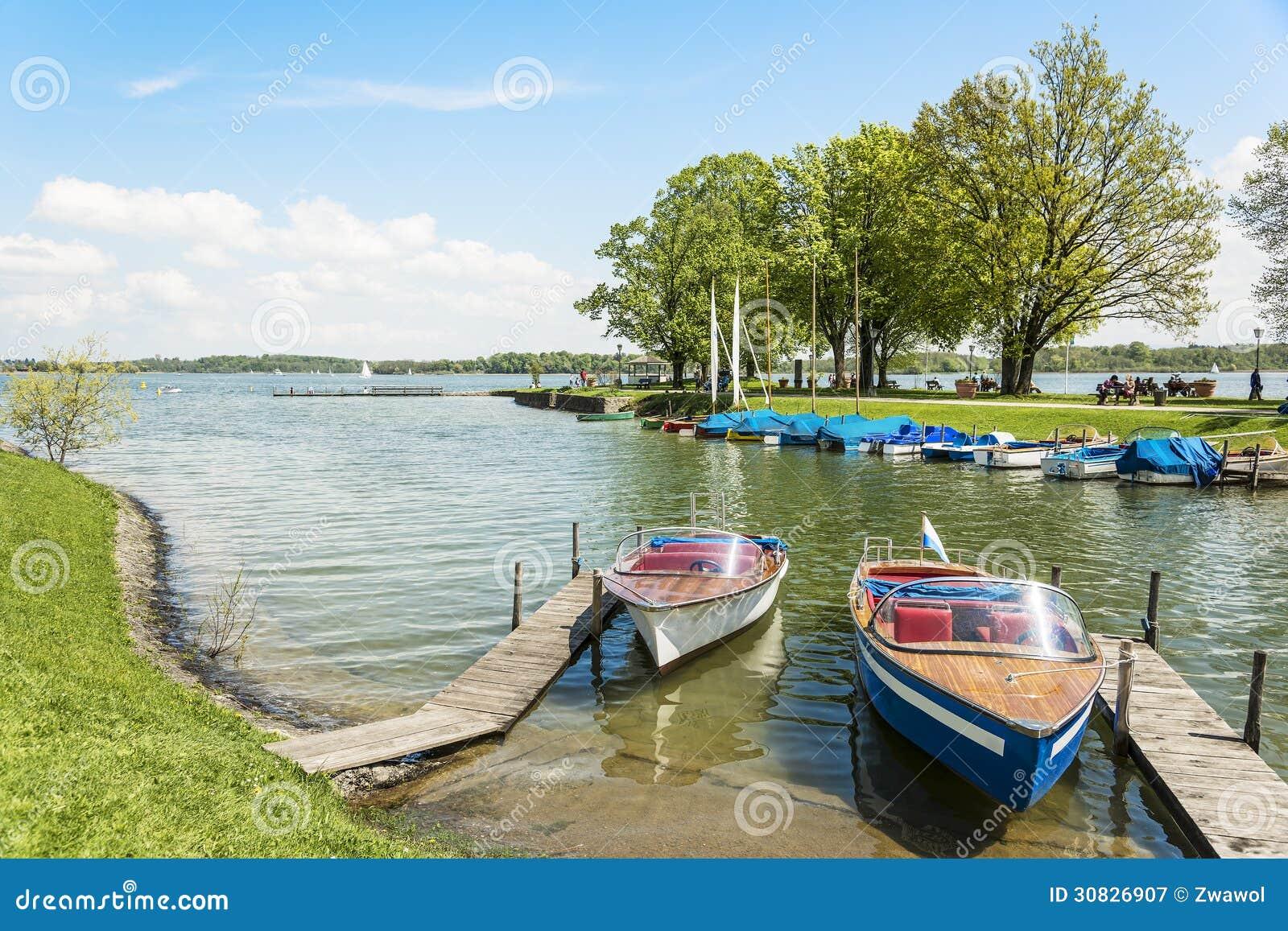 Barche sul Chiemsee, Germania