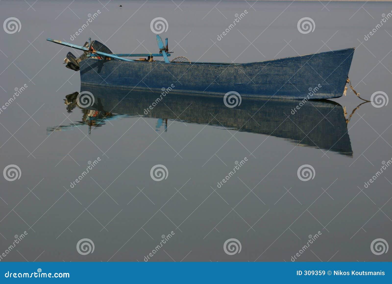 Barco 2 del lago