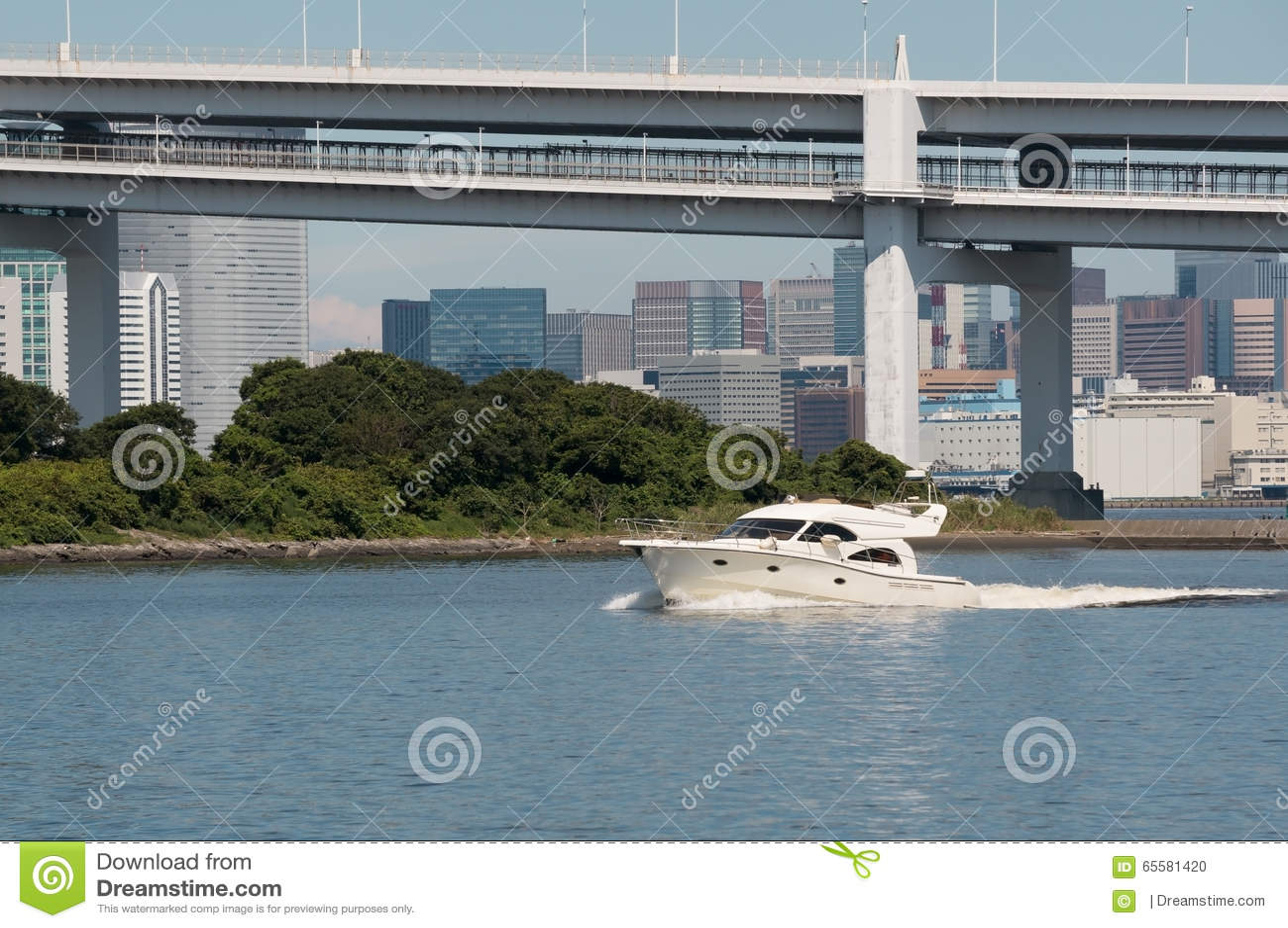 Barco branco