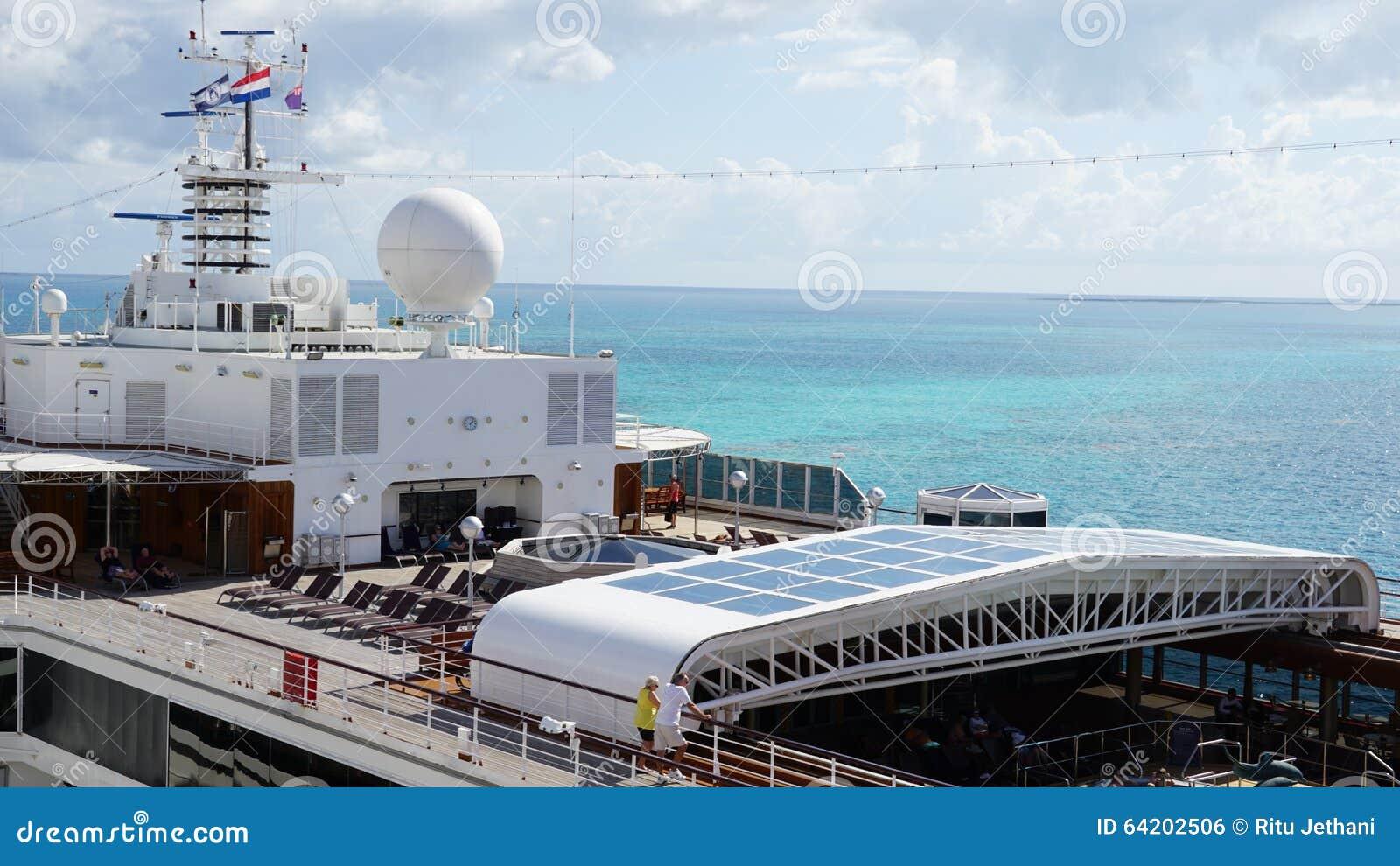 Barco de cruceros de Holland America Westerdam en turco magnífico