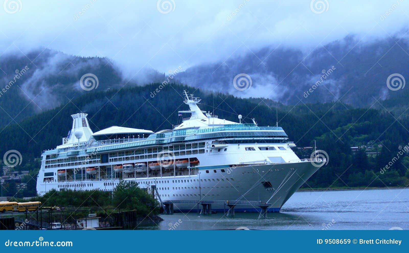 Barco de cruceros en Alaska