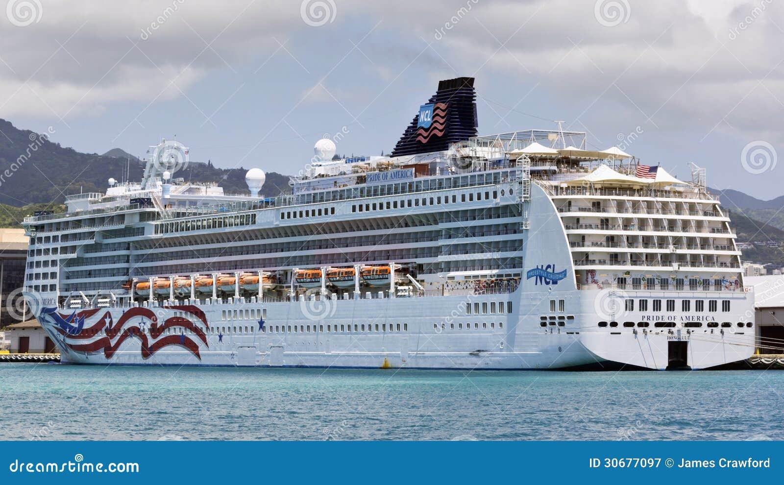 Barco De Cruceros En Hawaii Fotografa Editorial  Imagen