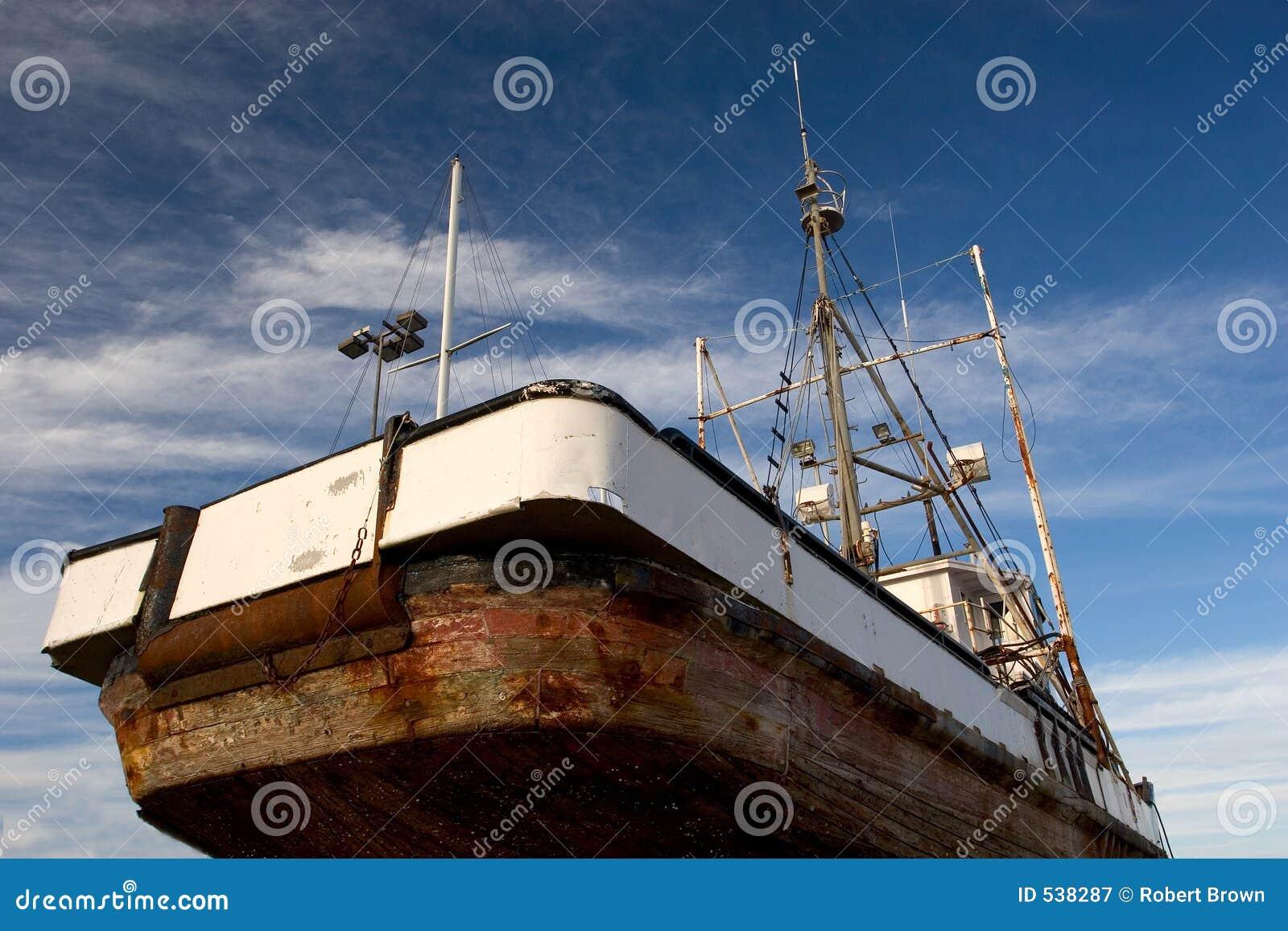 Barco de pesca, doca seca