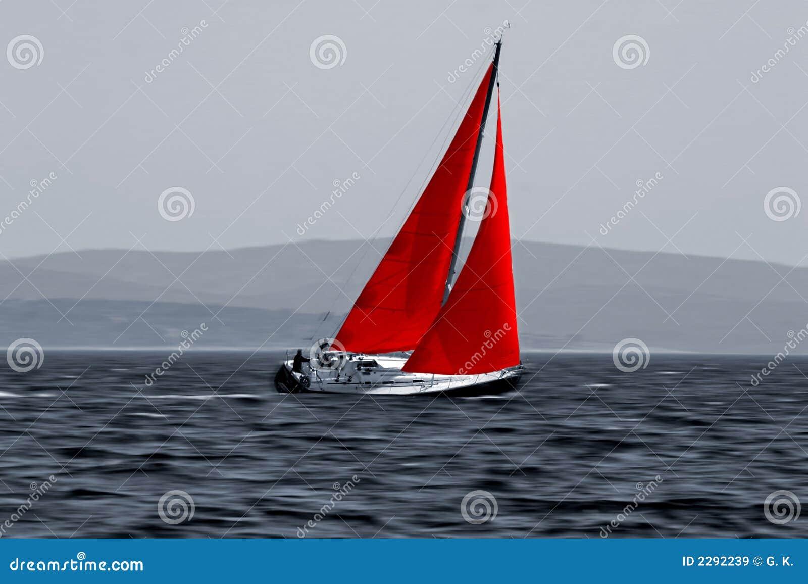 Barco de vela que se mueve rápidamente