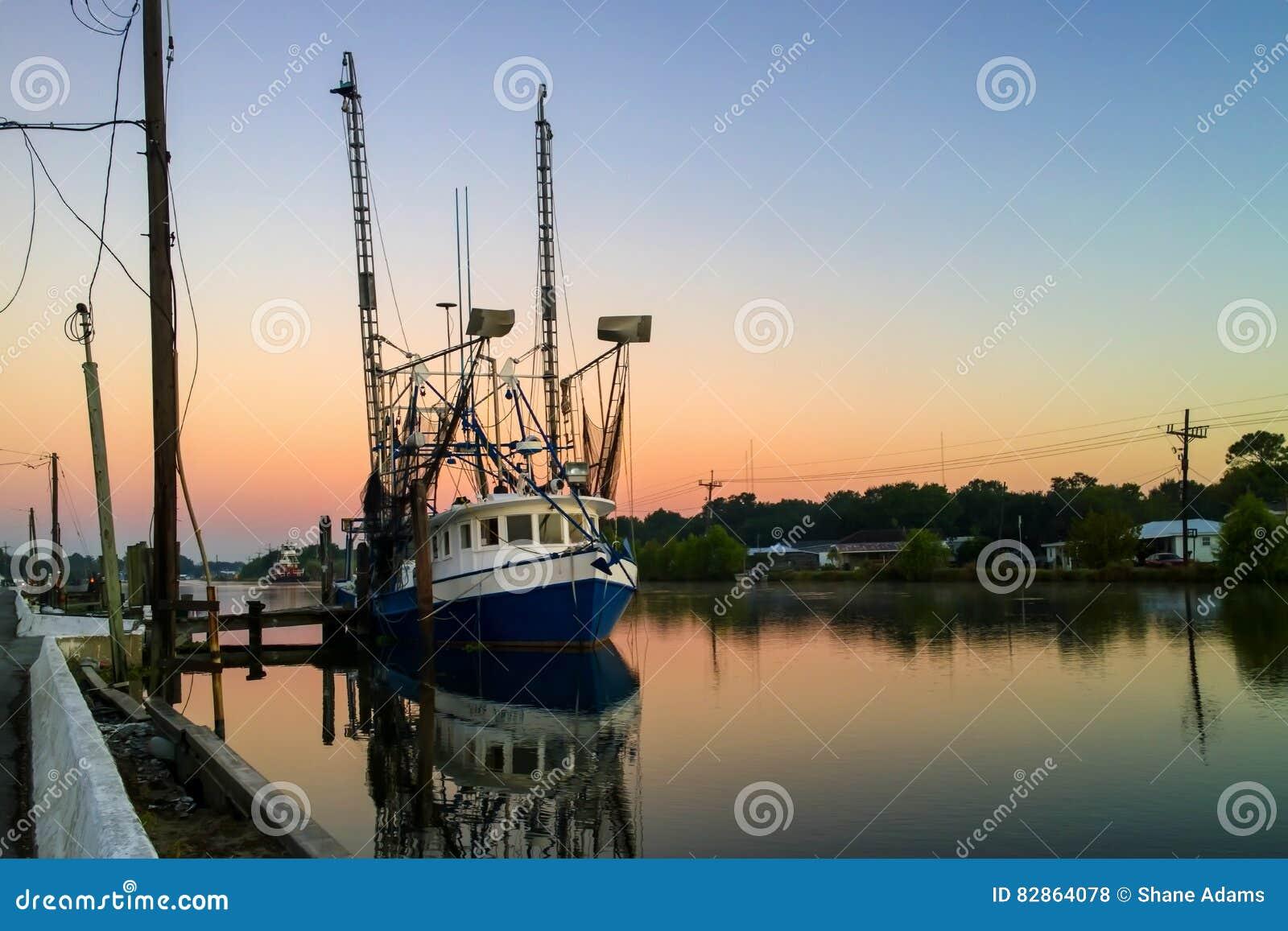 Barco do camarão de Louisiana