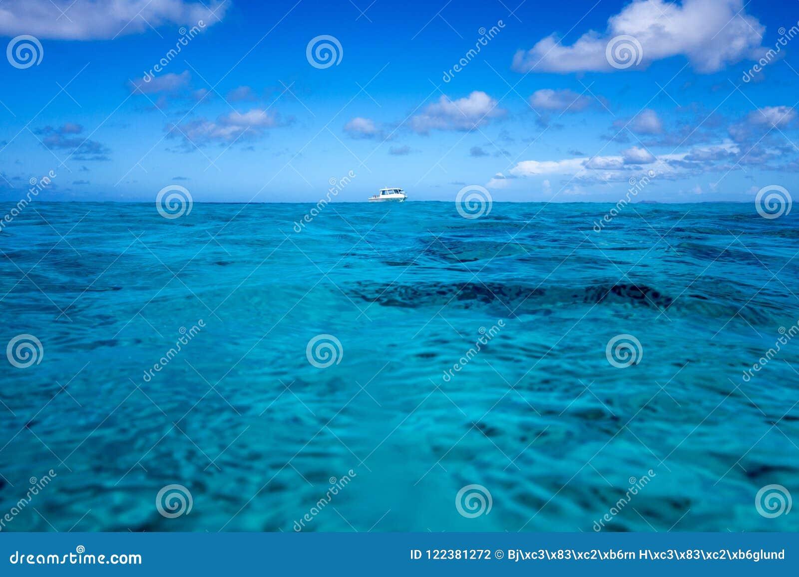 Barco do mergulho